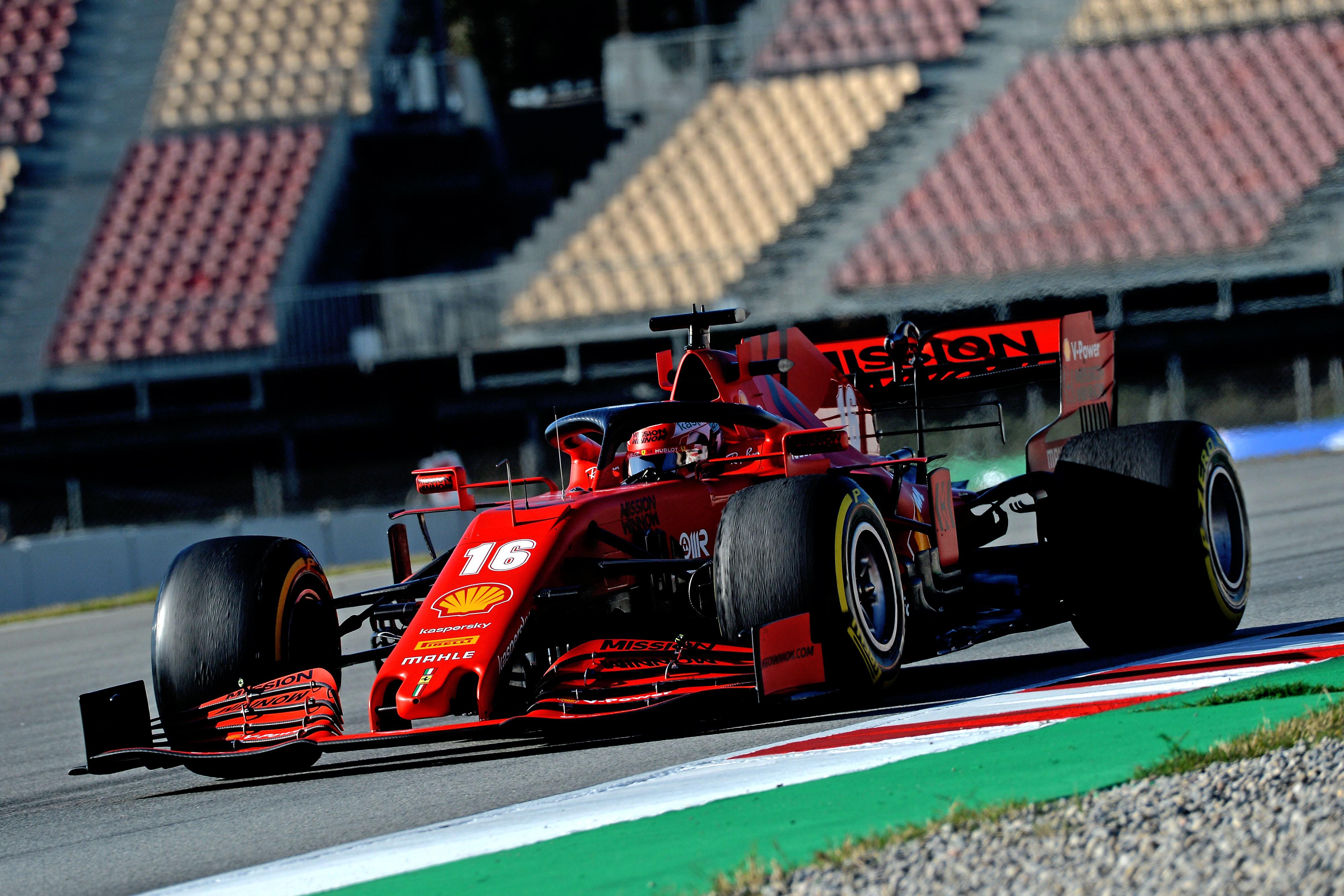 F1: Lefújták a Ferrari és a Pirelli tesztjét