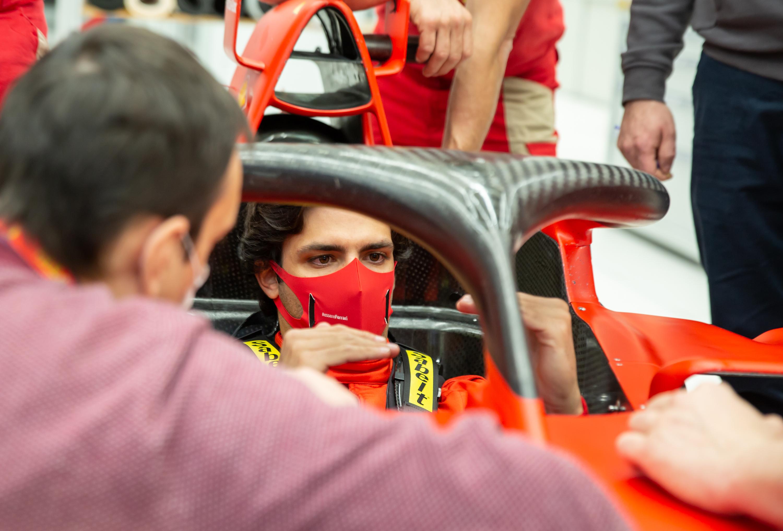 Újabb botrány az F1-ben: Sainz kirúgását követelik