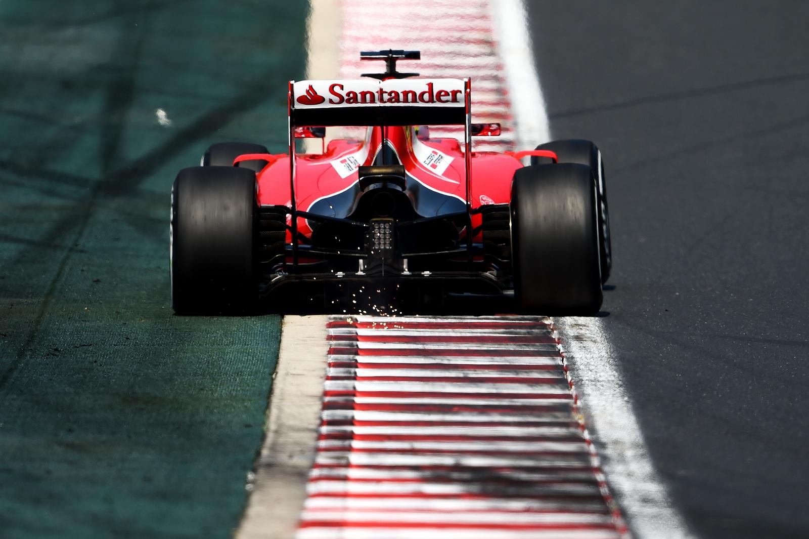 F1 - AZ FIA ELEKTRONIKAI SEGÍTSÉGGEL PRÓBÁLJA SZŰRNI A PÁLYAELHAGYÁSOKAT