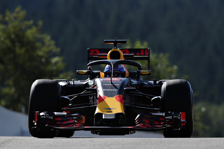 F1 - HIVATALOS: 2018-TÓL AZ FIA BEVEZETI A HALÓT!