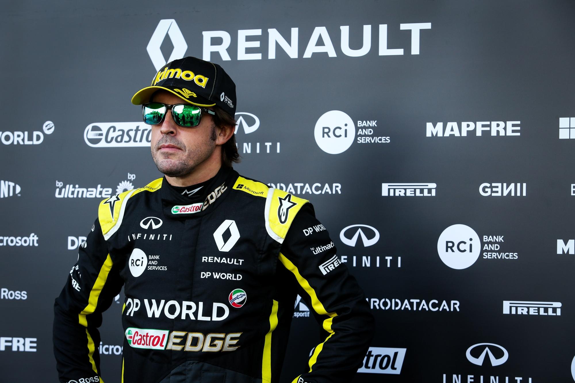 F1: Megműtötték Fernando Alonsót