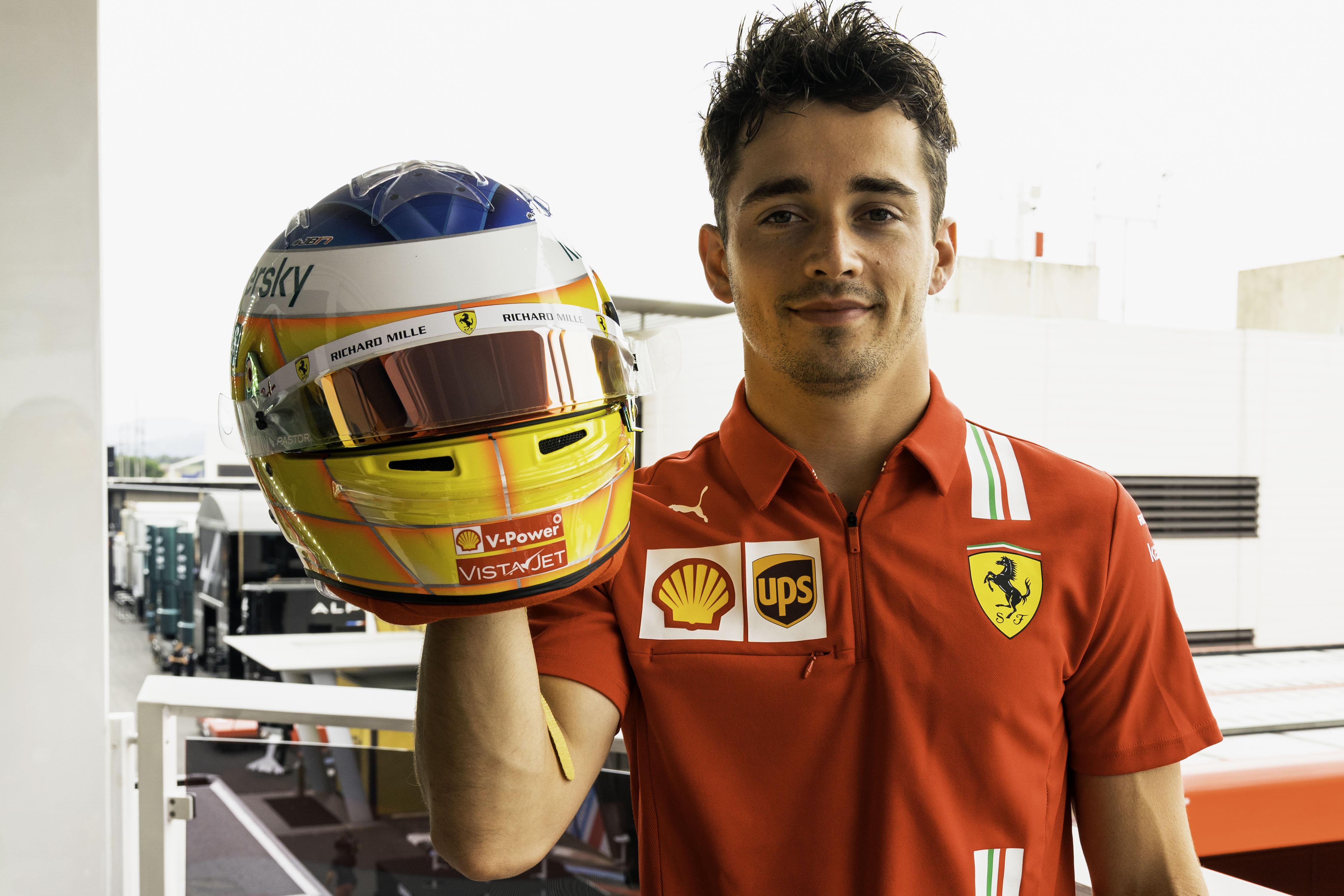 F1: Nosztalgiázik Leclerc, Bianchira is emlékezteti első sisakja