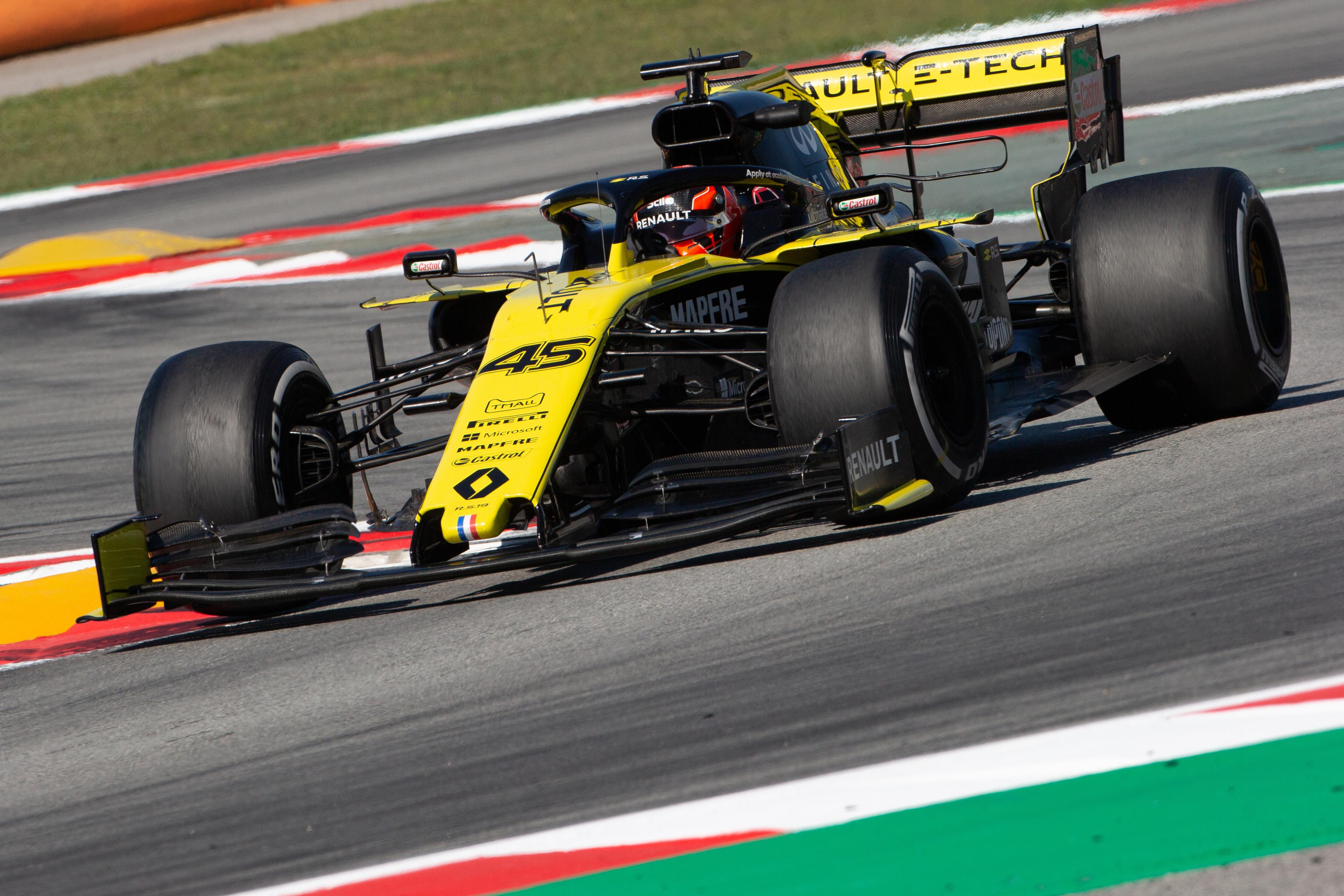 F1: A Renault valamelyik ifjoncát a Forma-1-ig juttatná
