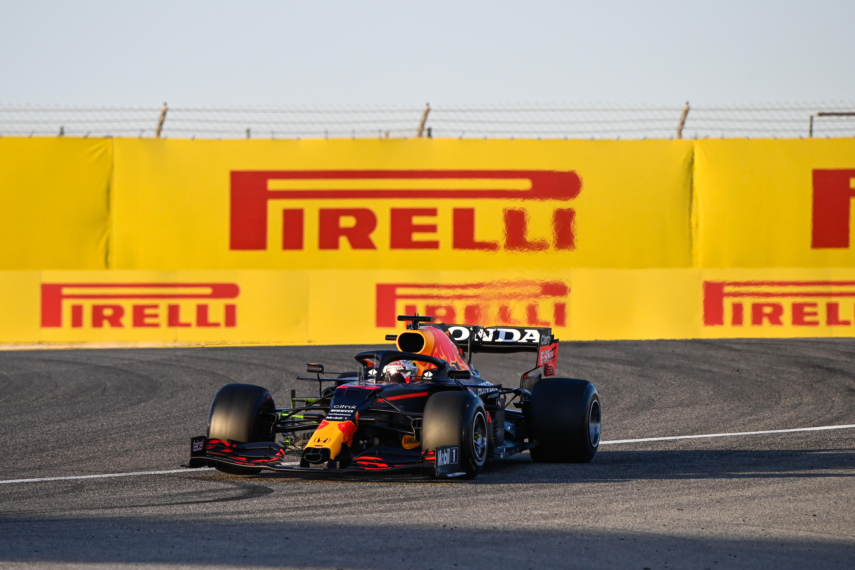 F1: Baleset a teszt végén, Red Bull-henger az utolsó napon