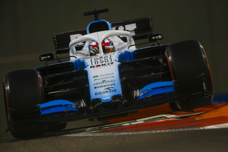 F1: Russell nullába küldte Kubicát, két század döntött a McLarennél