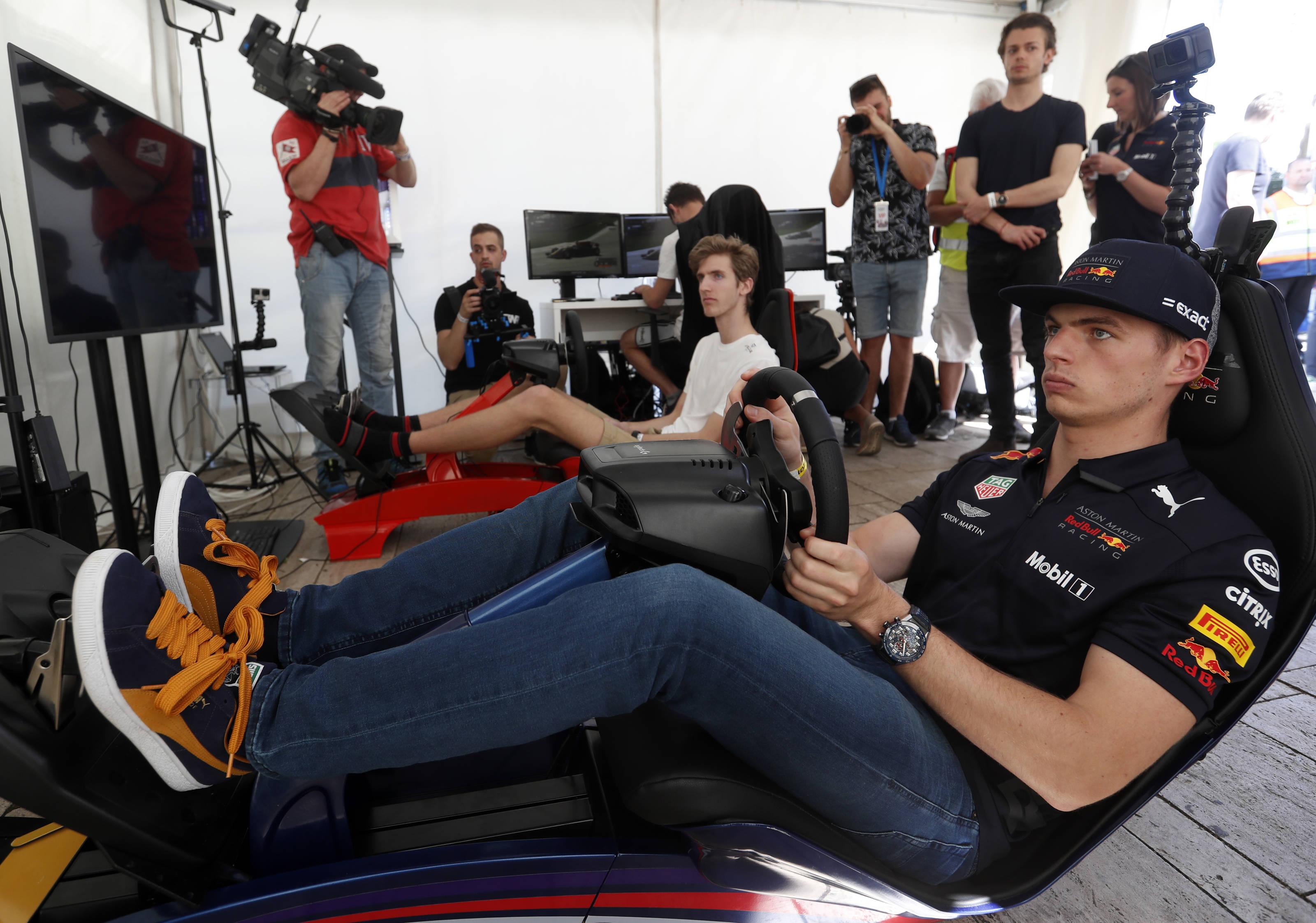 F1: Szlovén győztes Verstappenék szimulátorversenyén