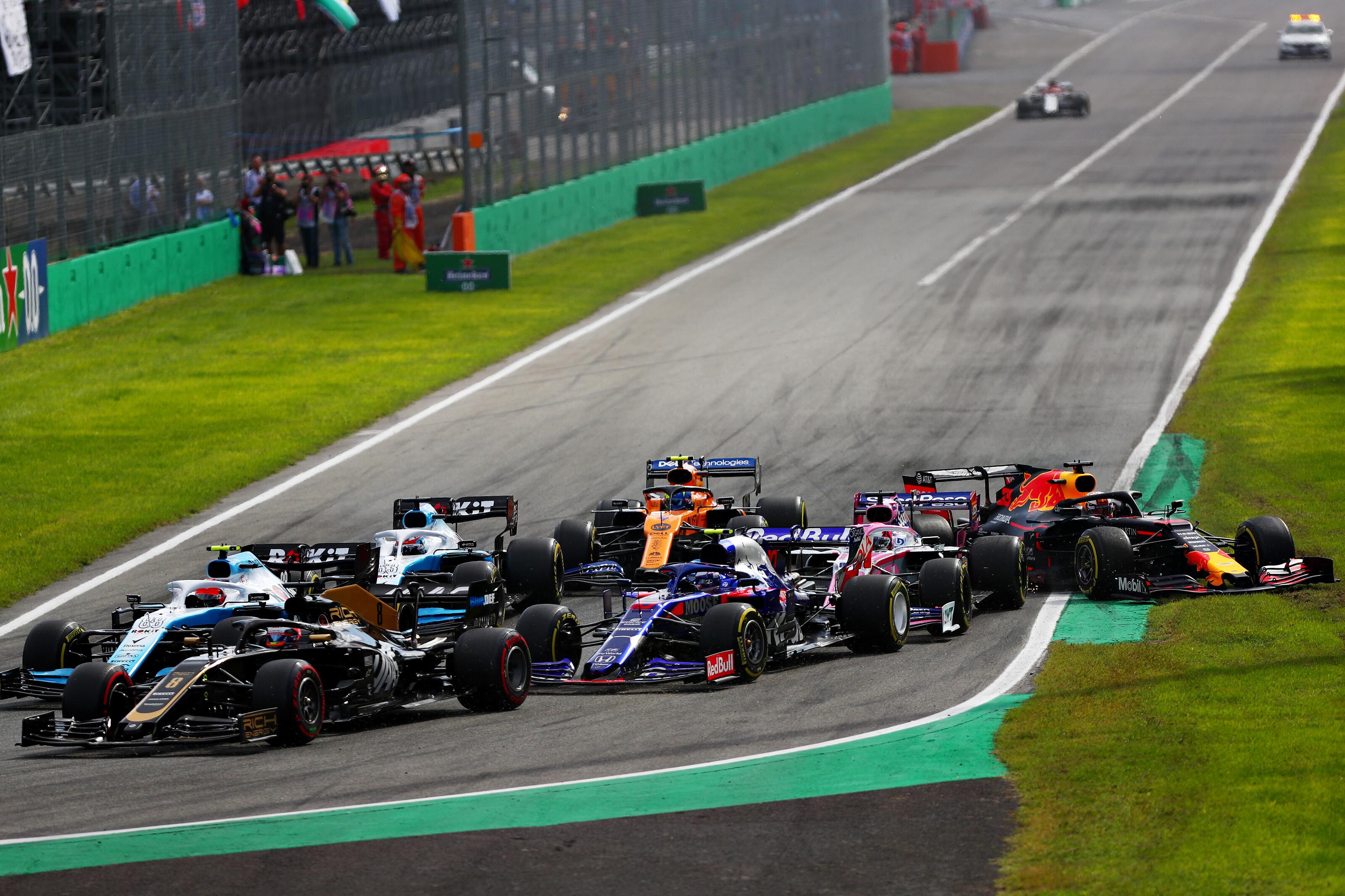 F1: Ezért szavazta le a Mercedes a fordított rajtrácsos időmérő futamot
