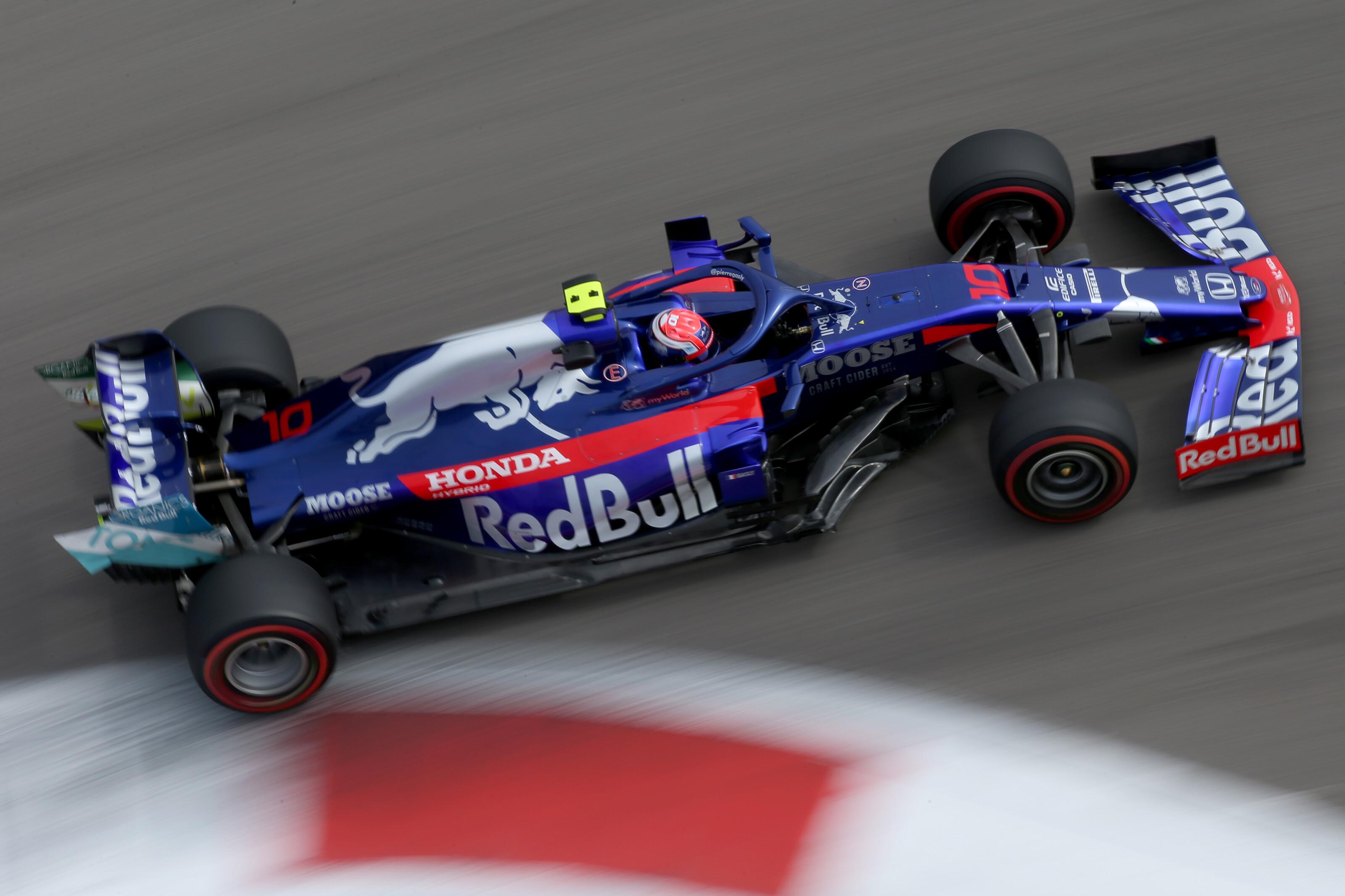 F1: Furcsa névre válthat a Toro Rosso