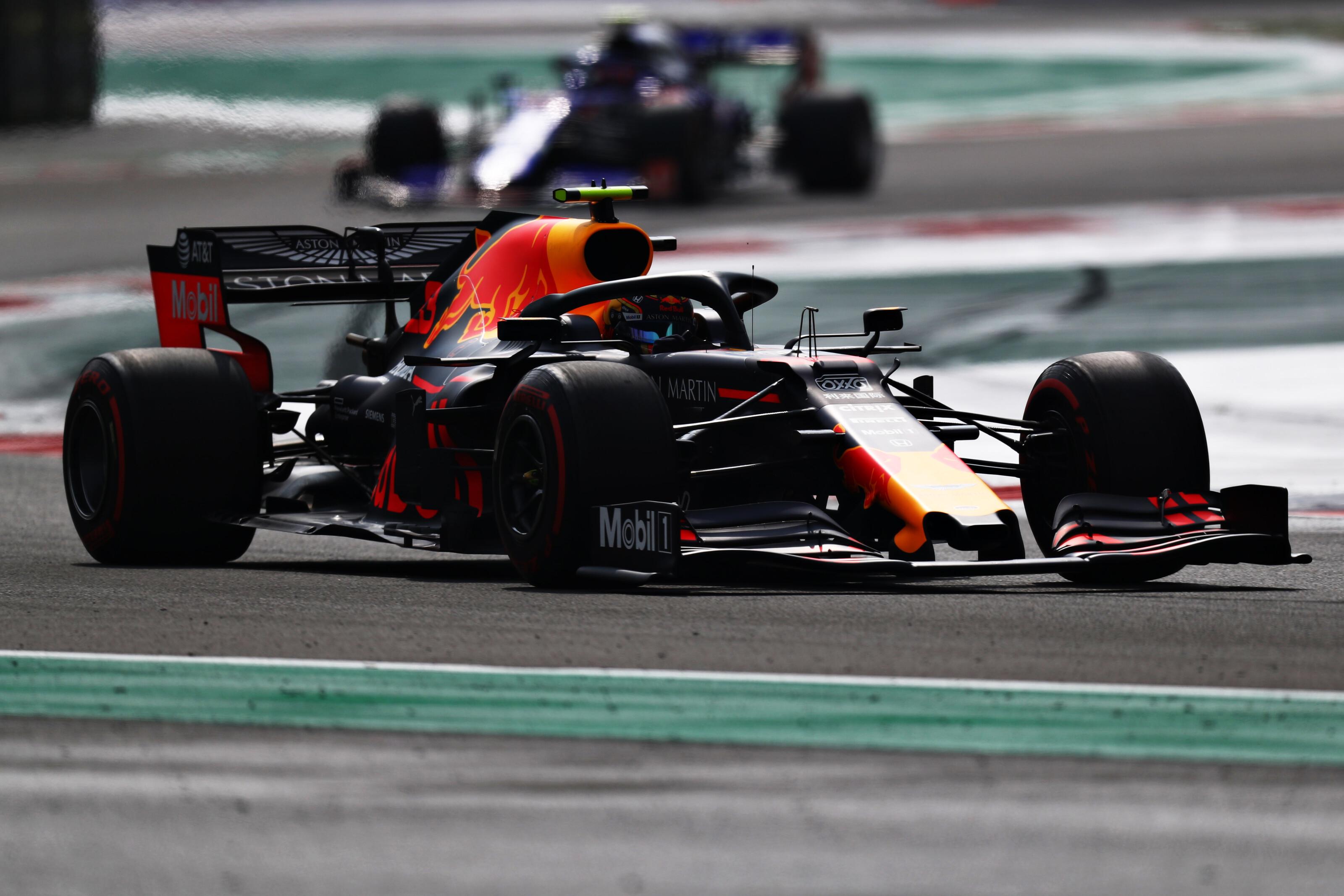 F1: Bottas csattanása után második pole-ját szerezte Verstappen