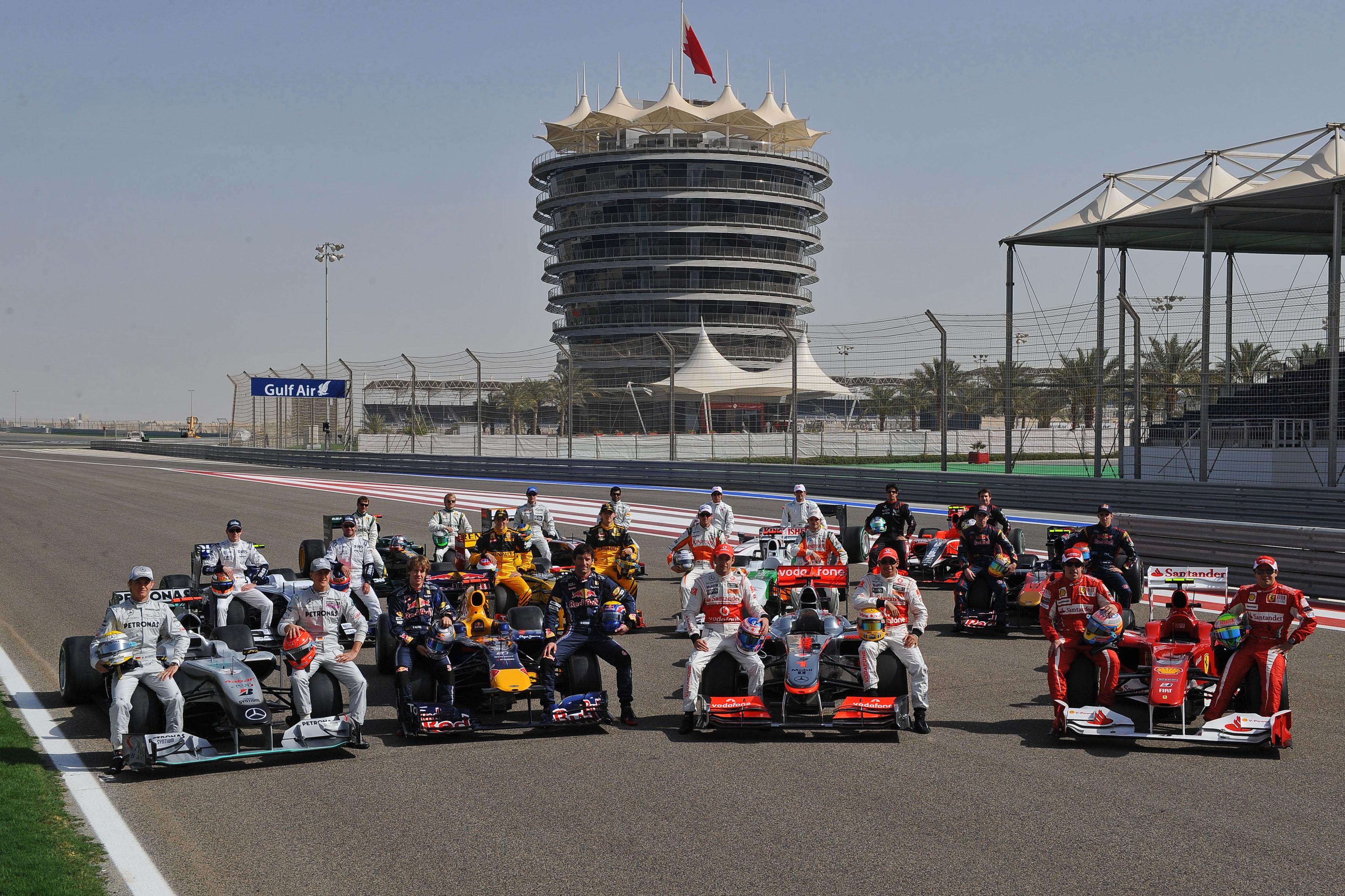 Jubileumi csoportképről vitáznak az F1-ben