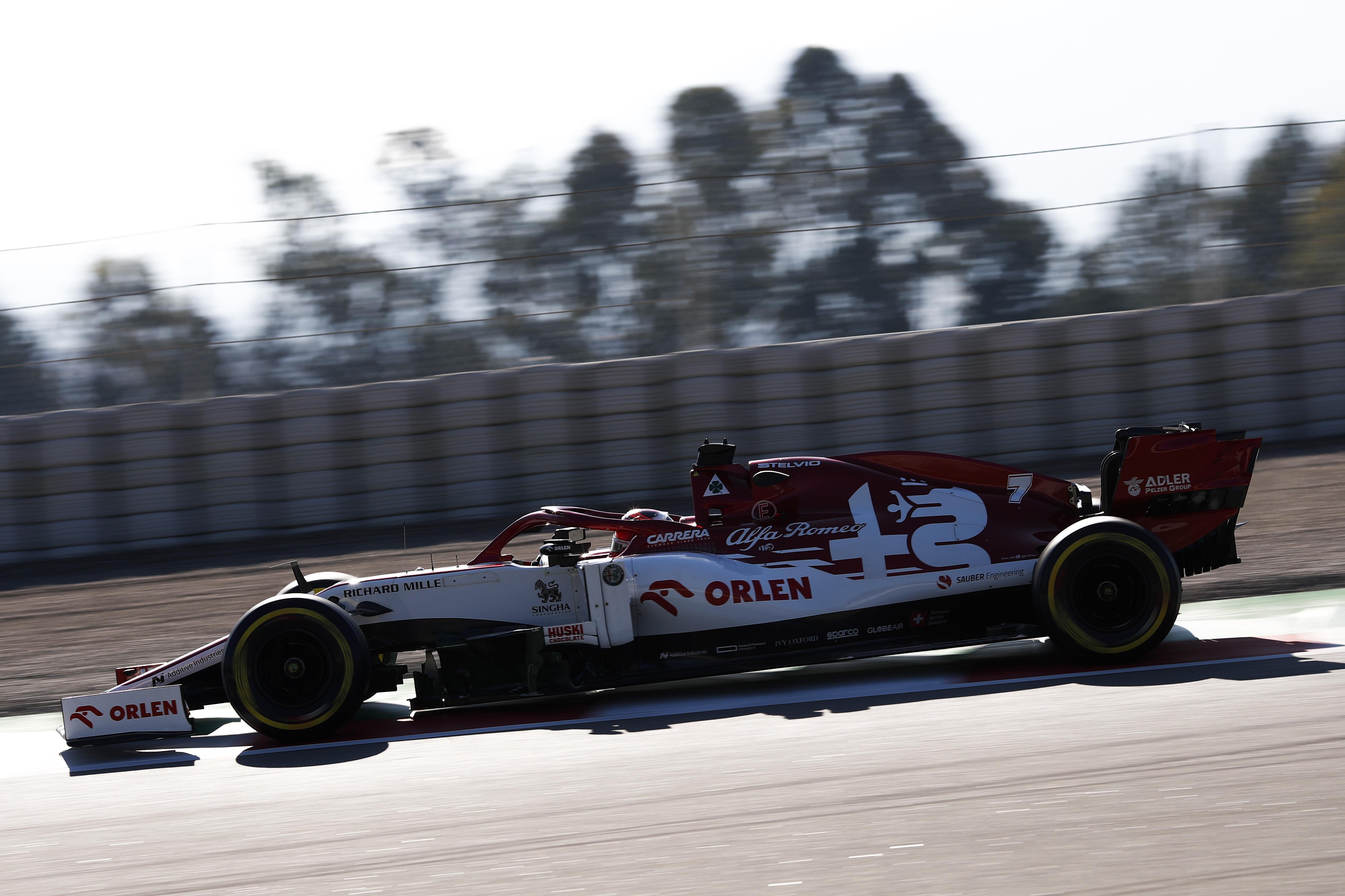 F1: Räikkönené a második tesztnap, de mindenki a Mercedesről beszél
