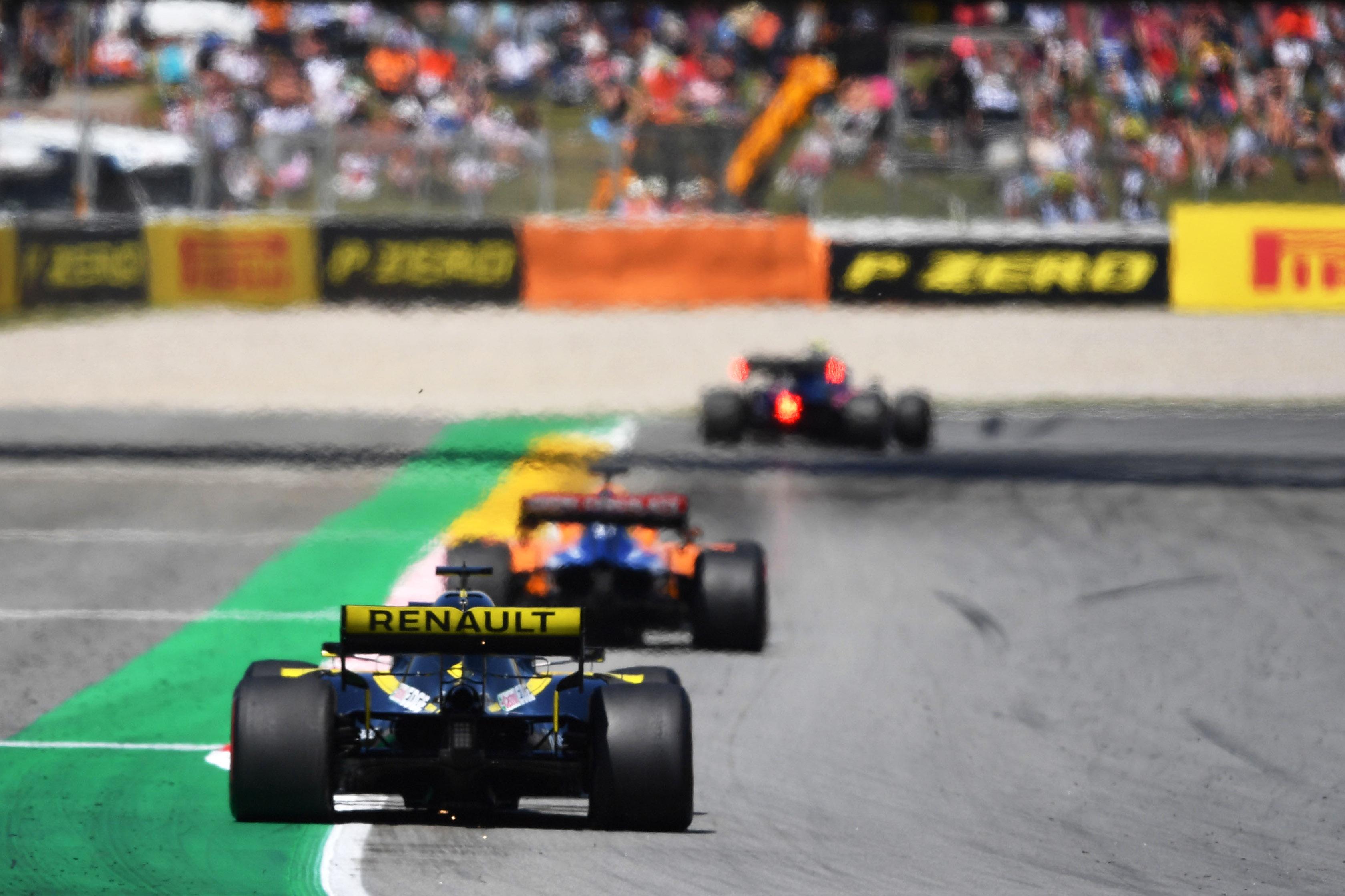 A kukában landolt az F1-es versenynaptár