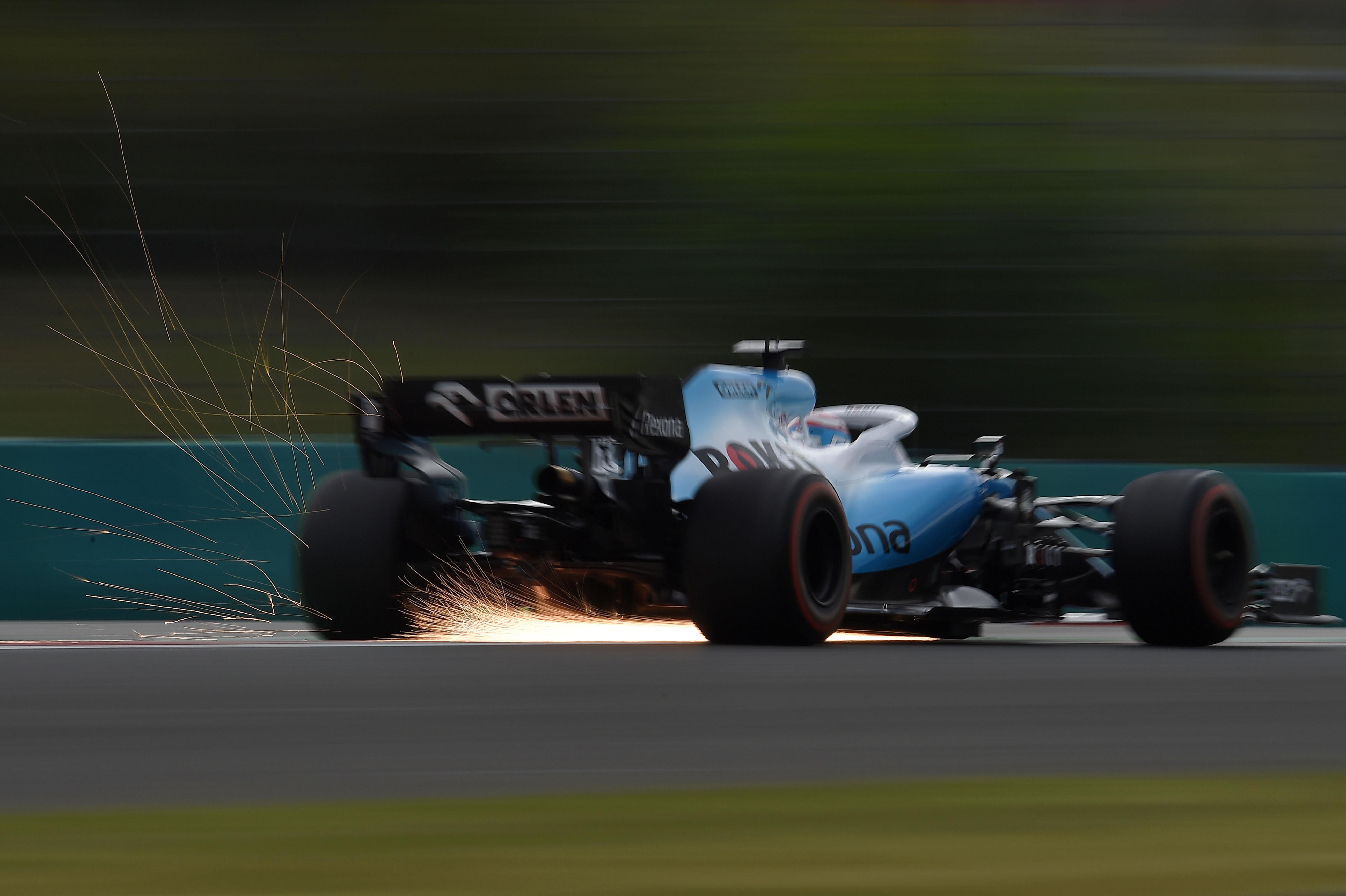 F1: Mentőöv a Williamsnek, új szponzorok jöttek