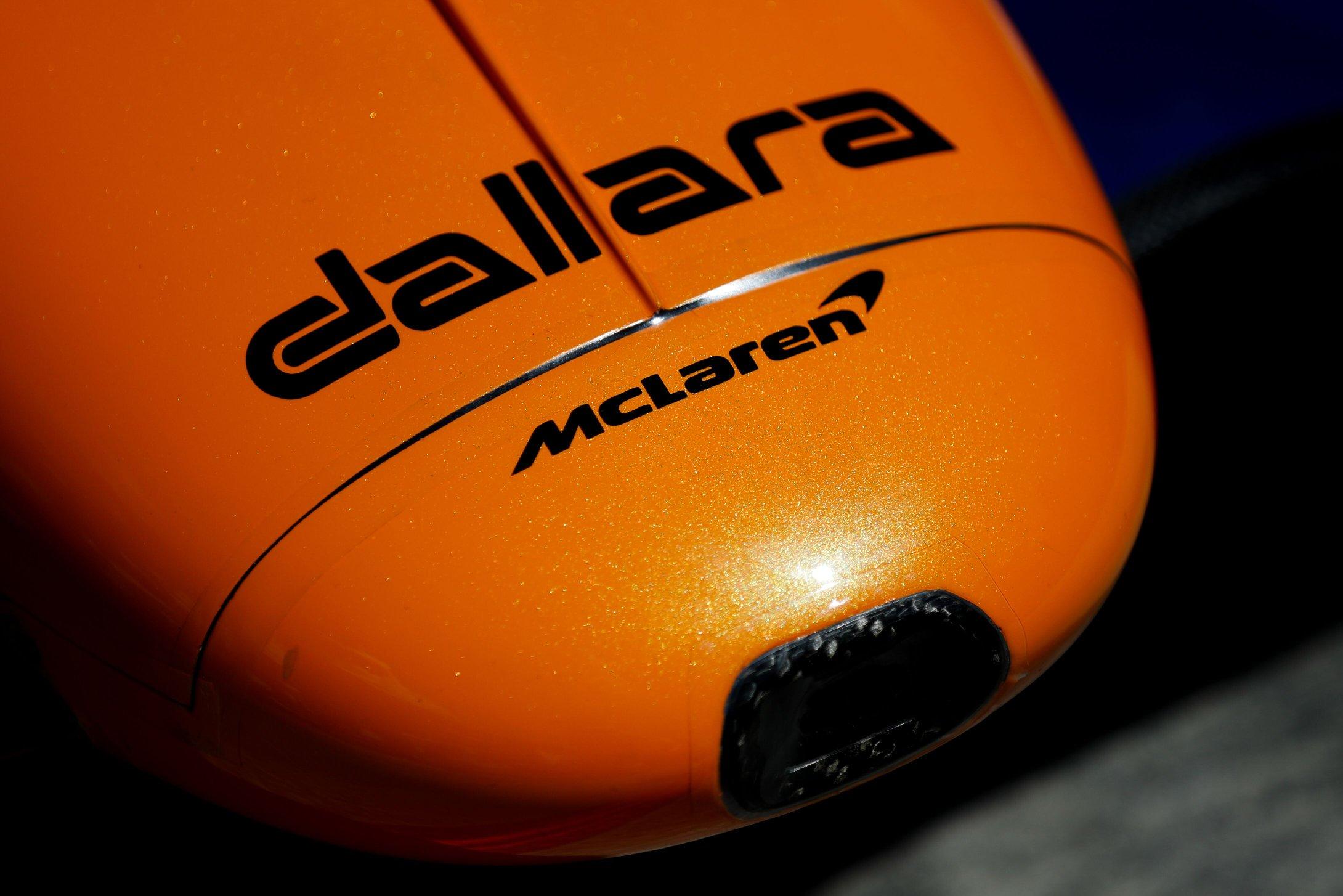 Bejelentette IndyCar-pilótáit a McLaren, Alonsót tárt karokkal várják