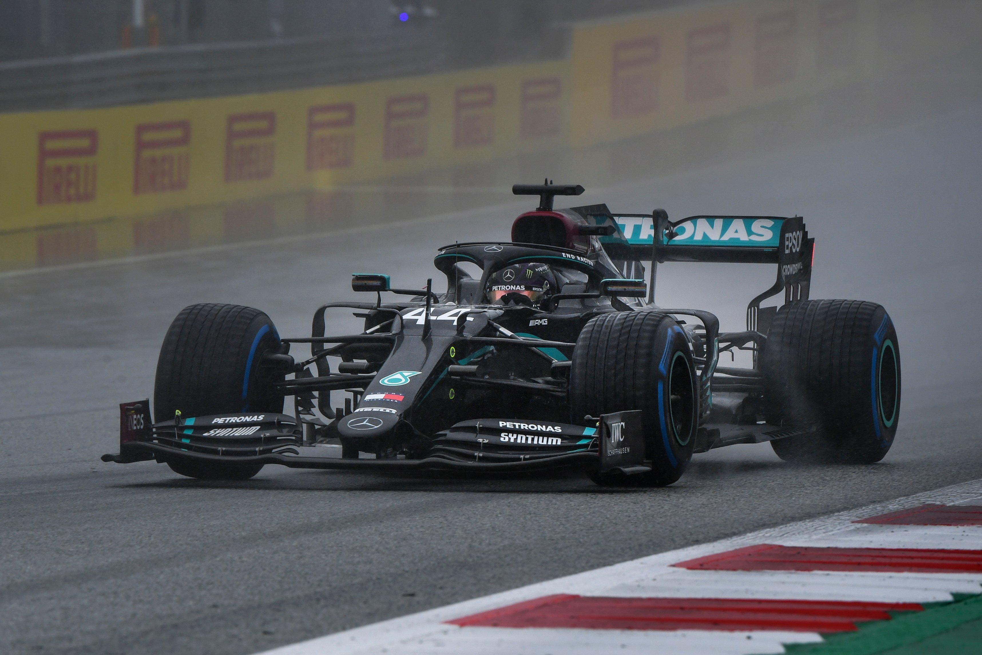 F1: Hamilton lemosta a mezőnyt, az élről indul a Stájer Nagydíjon