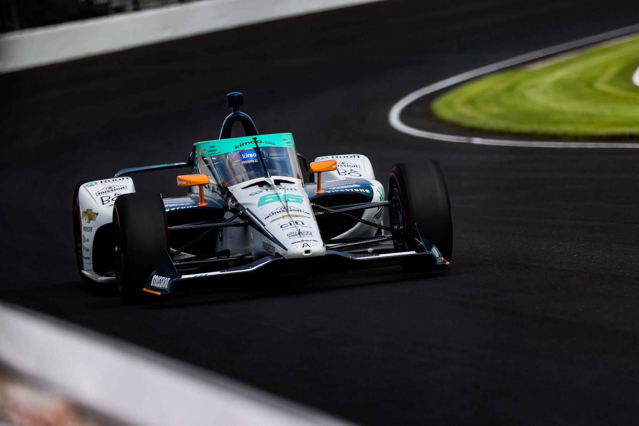 Alonsónak nem jött össze a Tripla Korona, Sato duplázott az Indy 500-on