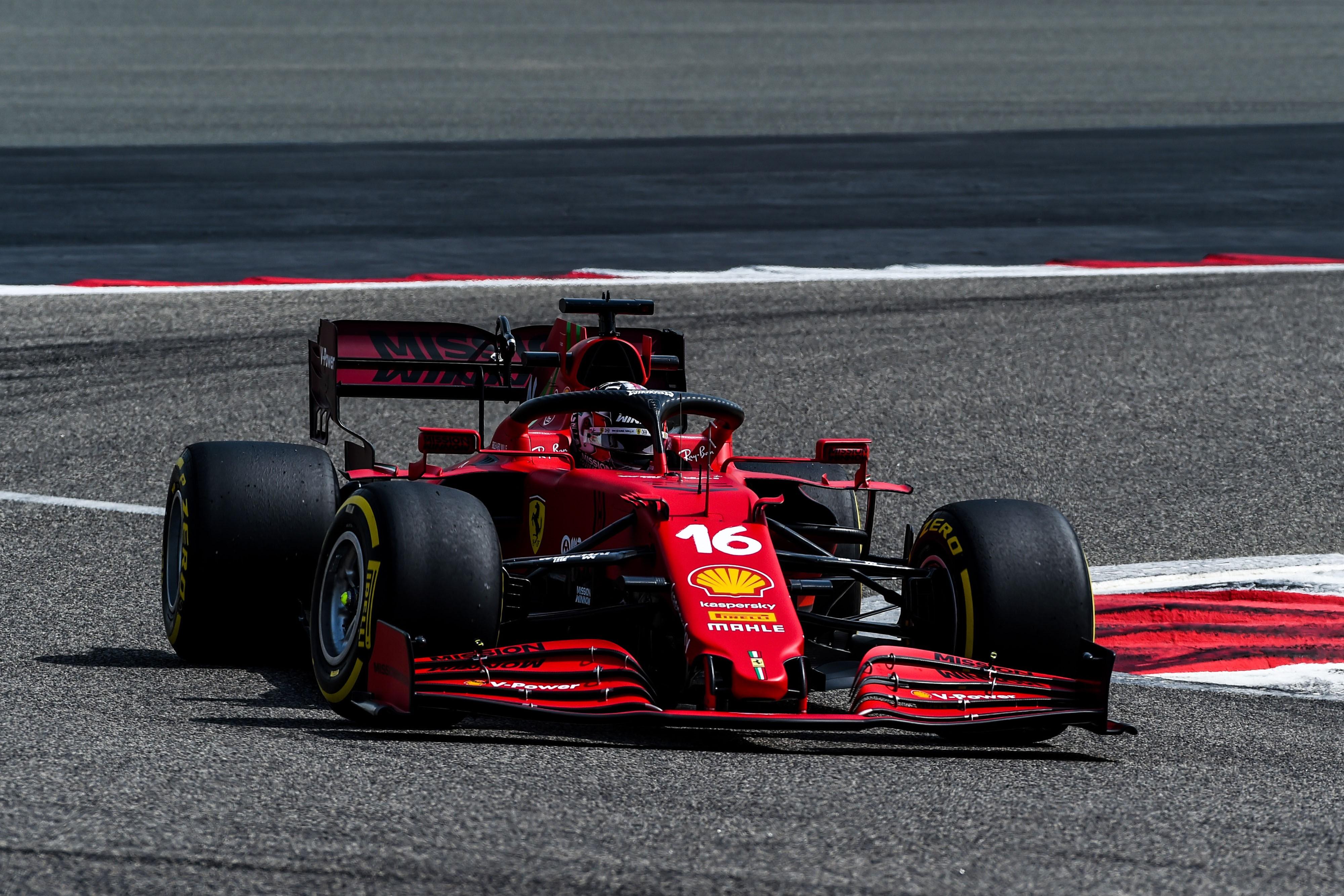 F1: Ki mikor ül autóba Bahreinben?