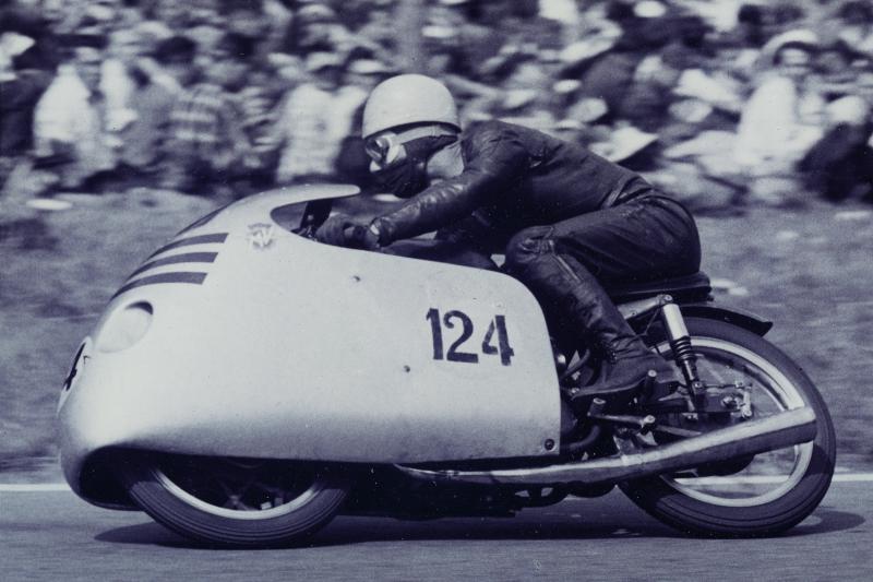 Elhunyt a kilencszeres világbajnok MotoGP-legenda