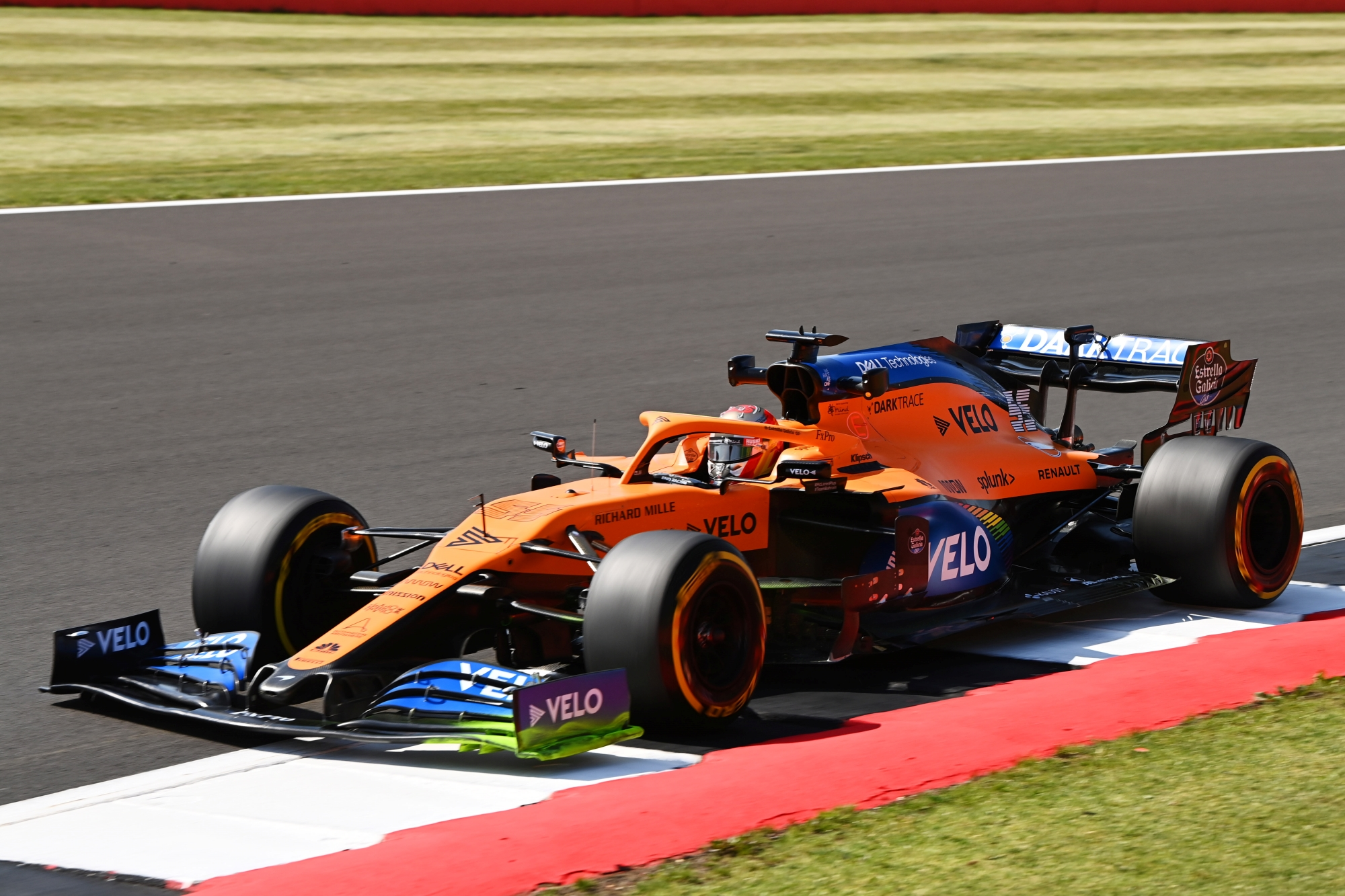 Kommentátorrá avanzsált F1-est hív vissza a McLaren a Mercedes ballépése miatt
