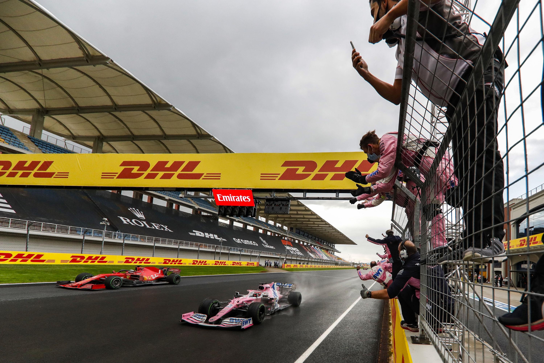 Hivatalos: Újra változik az F1-es versenynaptár