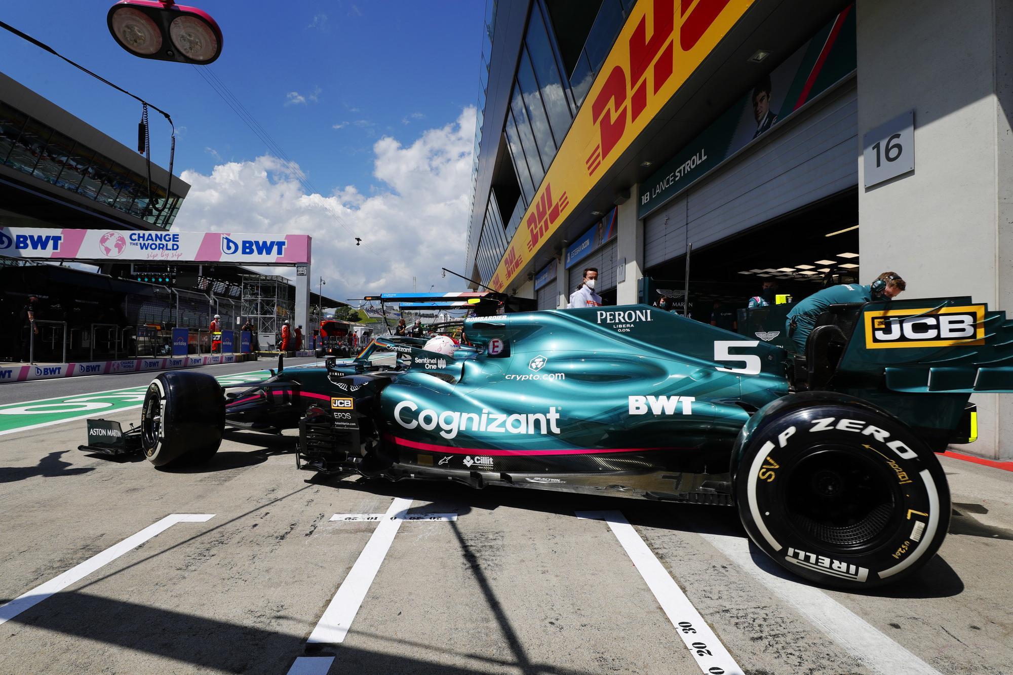 Rózsaszín Aston Martint akarnak látni az F1-ben