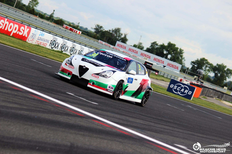 Az Alfa Romeo is kiszállhat a WTCR-ből