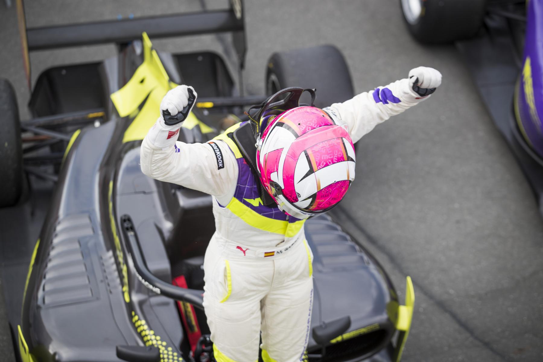 W Series: García a harmadik győztes, Keszthelyi ismét rajthoz állt