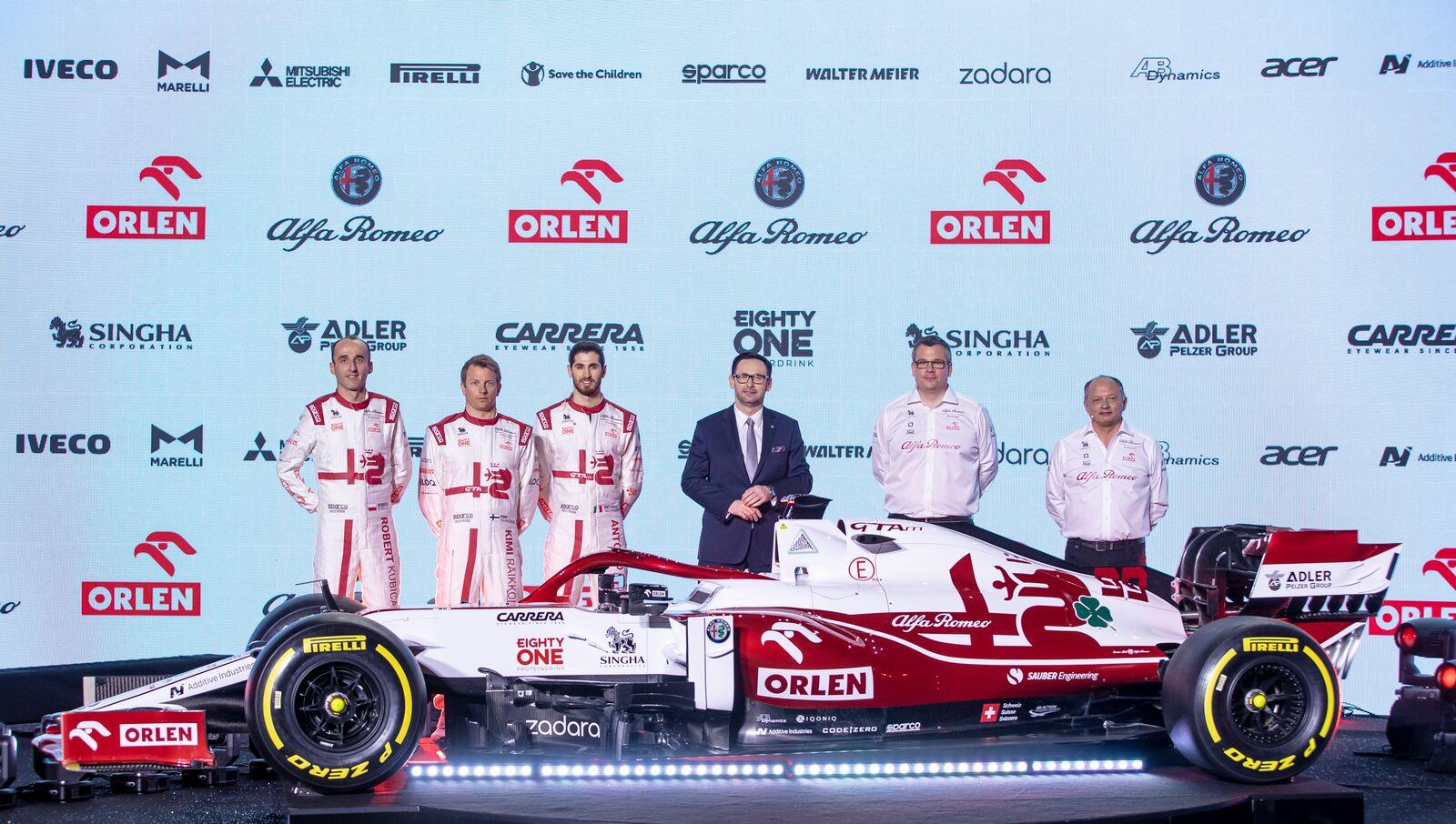 F1: Pozitív lett a koronavírus-tesztje, kihagyja a tesztet az Alfa főnöke