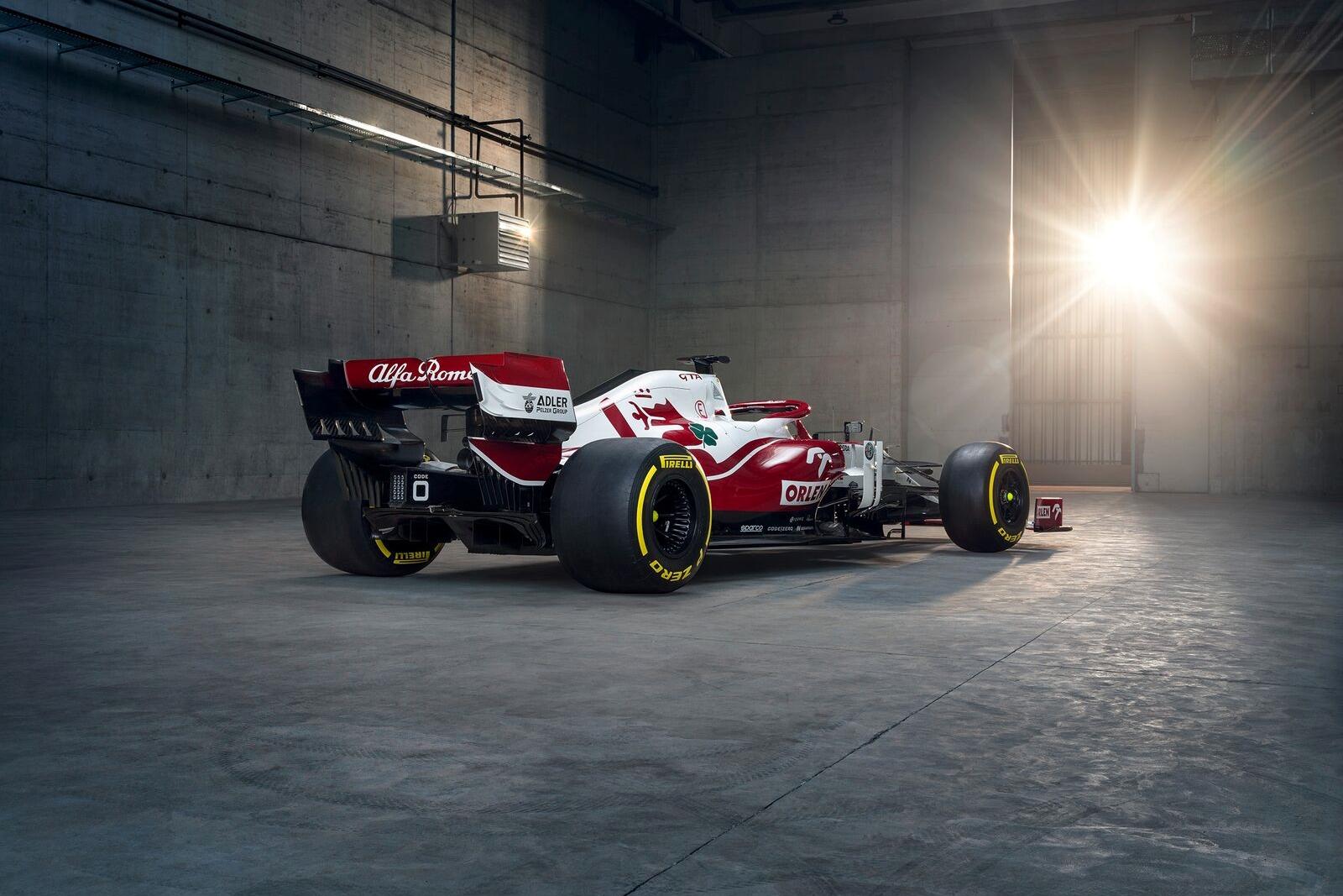 Bemutatkozott az Alfa Romeo 2021-es autója, a C41-es.<br />Fotó: Alfa Romeo Racing Media