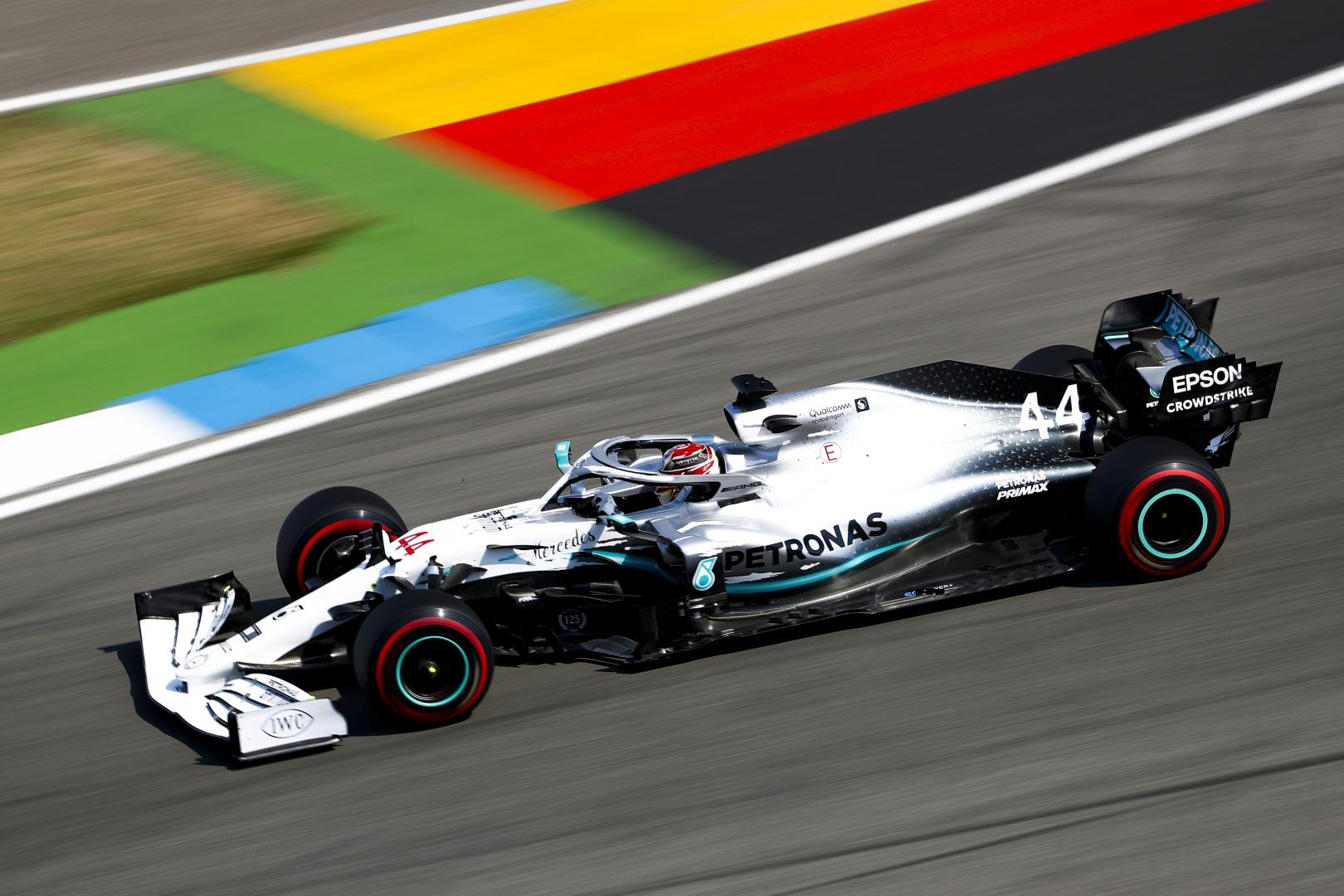 F1: Hanyatlott a Ferrari, Hamilton a pole-ban a Német Nagydíjon!