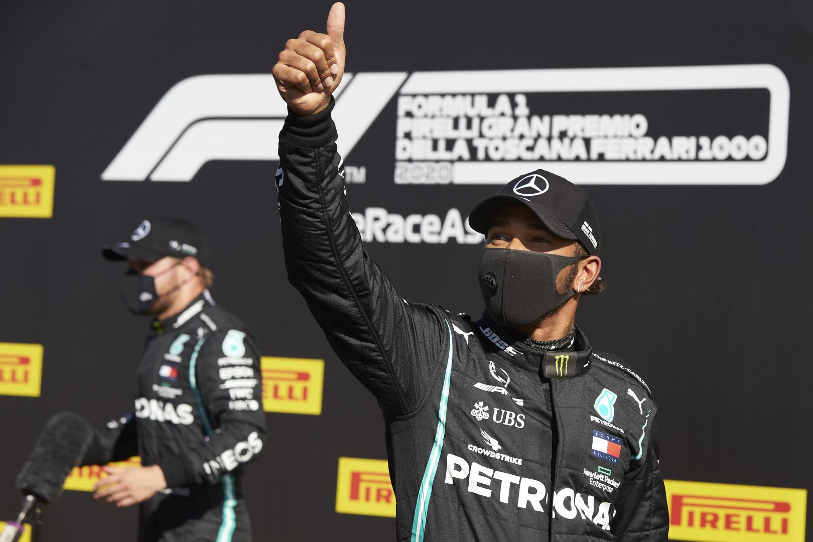 F1: 59 ezreddel Hamilton a pole-ban a Toszkán Nagydíjon
