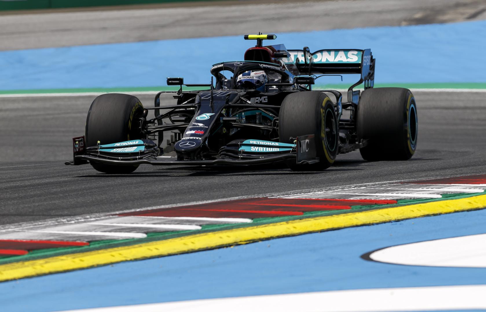 F1: Nagy árat fizet életveszélyes hibájáért Bottas