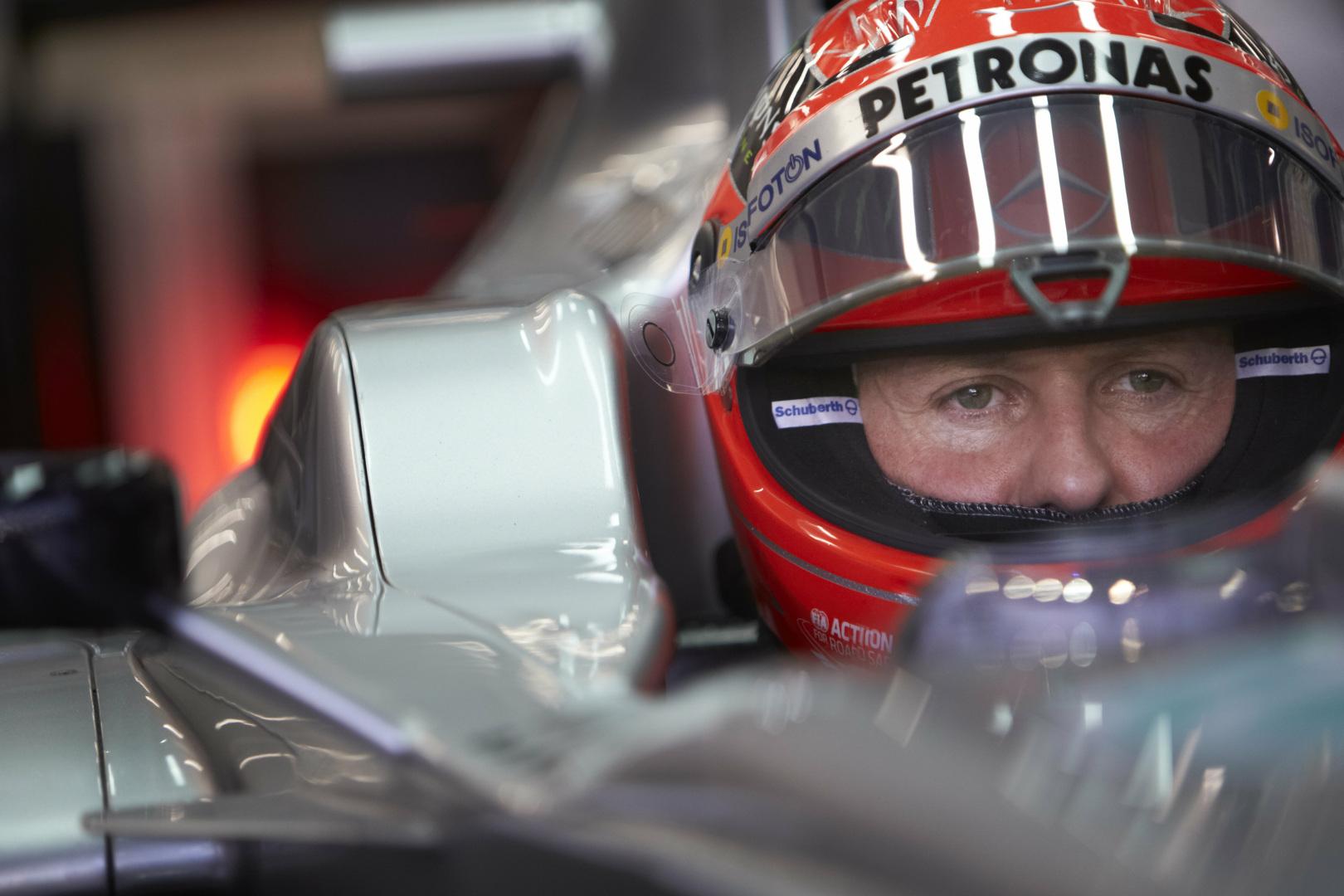F1: Michael Schumachert kórházba szállították – sajtóhír