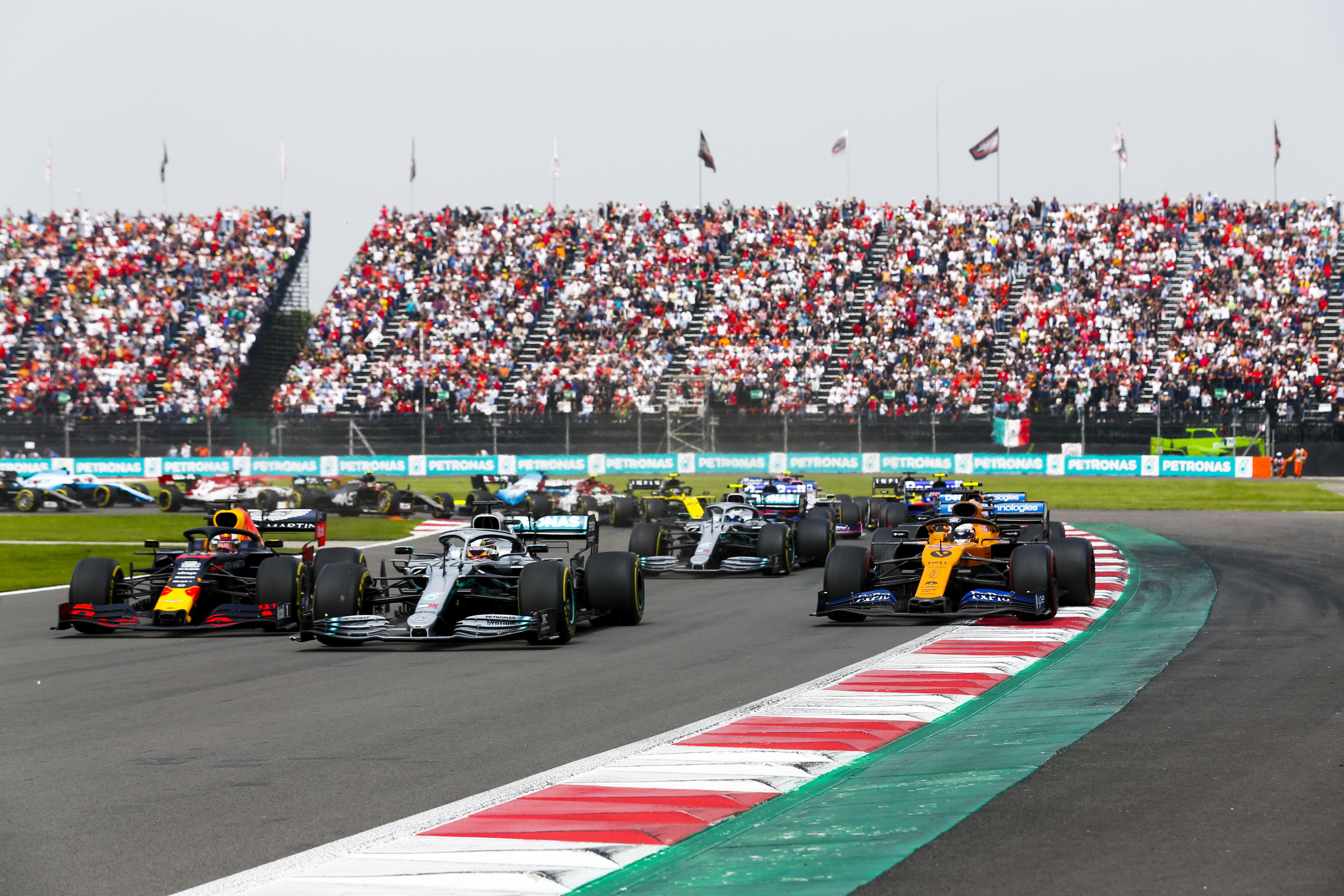 Radikális változásokba mentek bele az F1-es csapatok