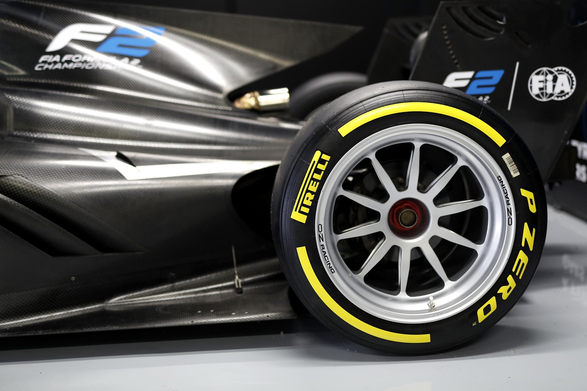 F1, F2: Máris a 18 colos Pirelliké a főszerep