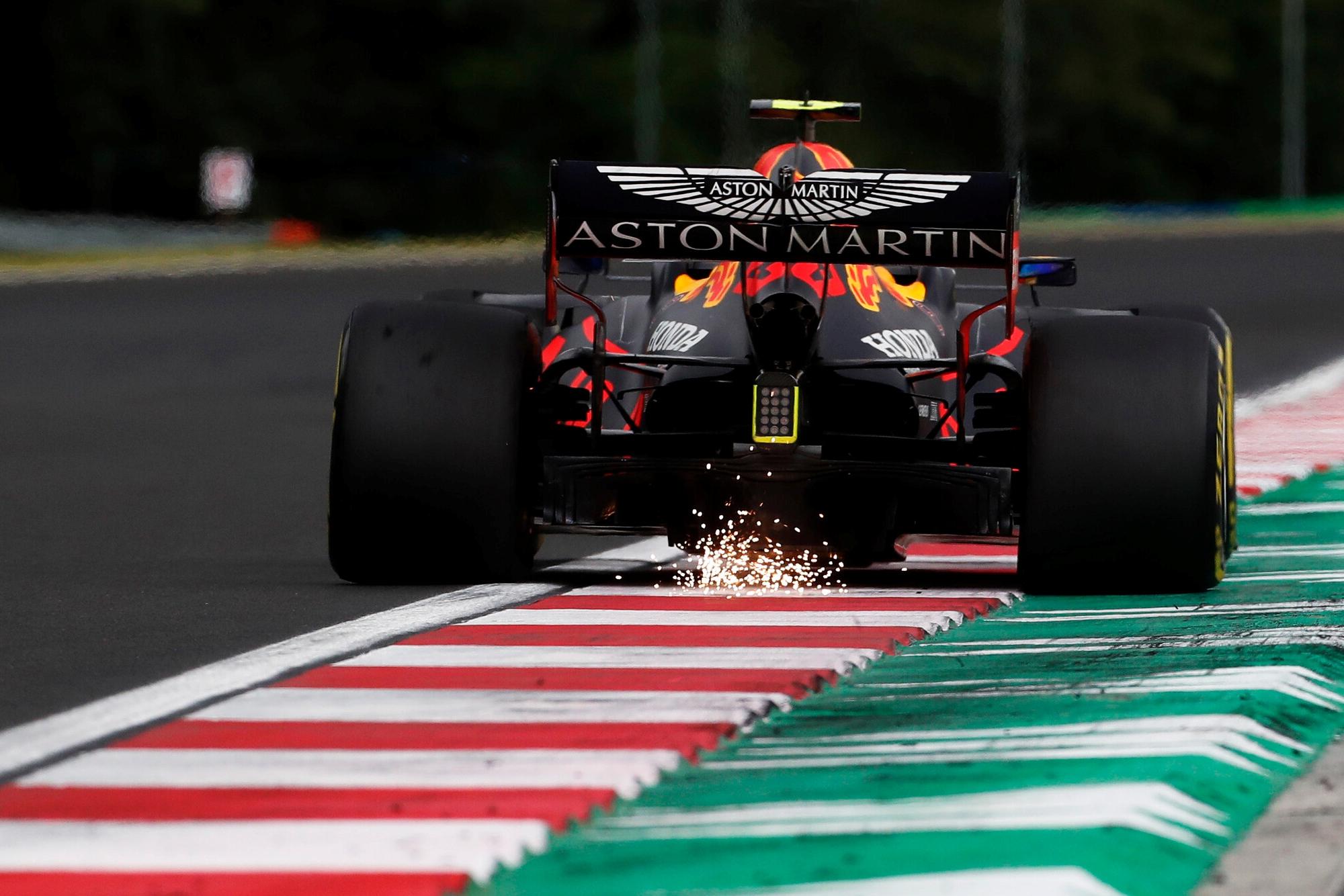 F1: Tavaly átlagosan 42-szer fordult elő egy hétvégén – mi az?