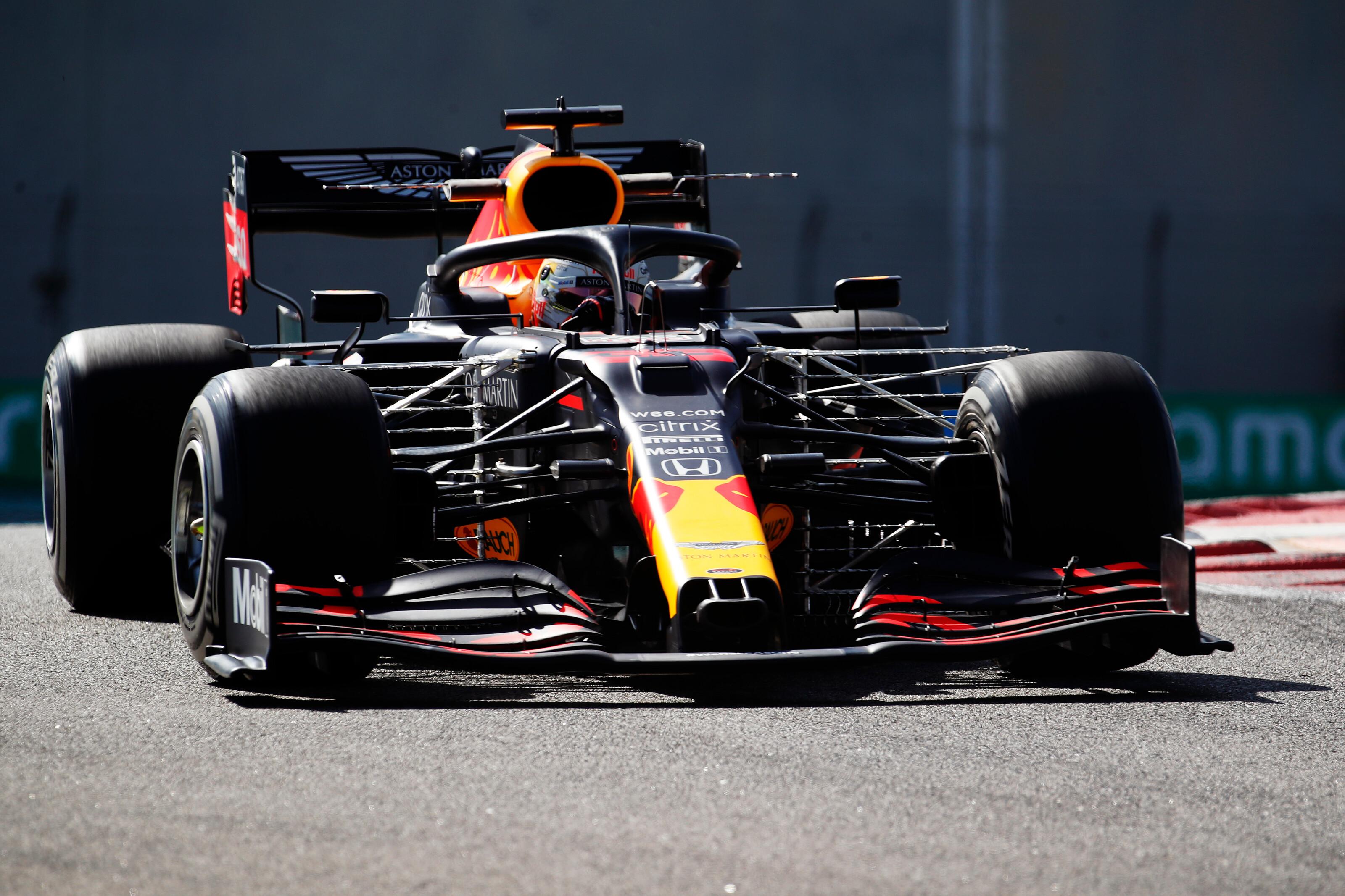 F1: Verstappené a csendes kezdés, Mick Schumacher bemutatkozott