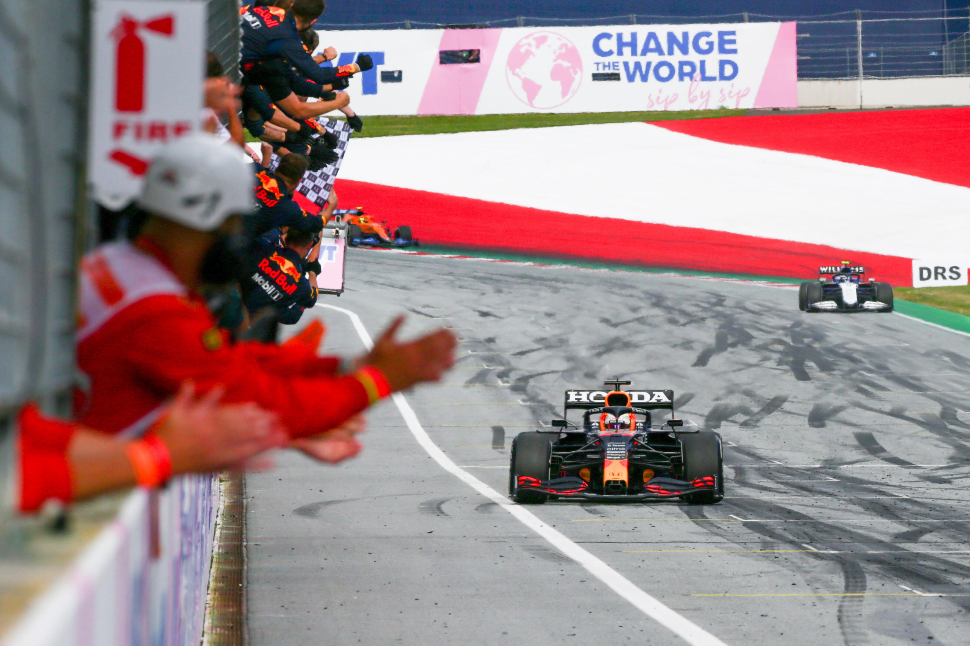F1: Ünneplésével Verstappen kihúzta a gyufát