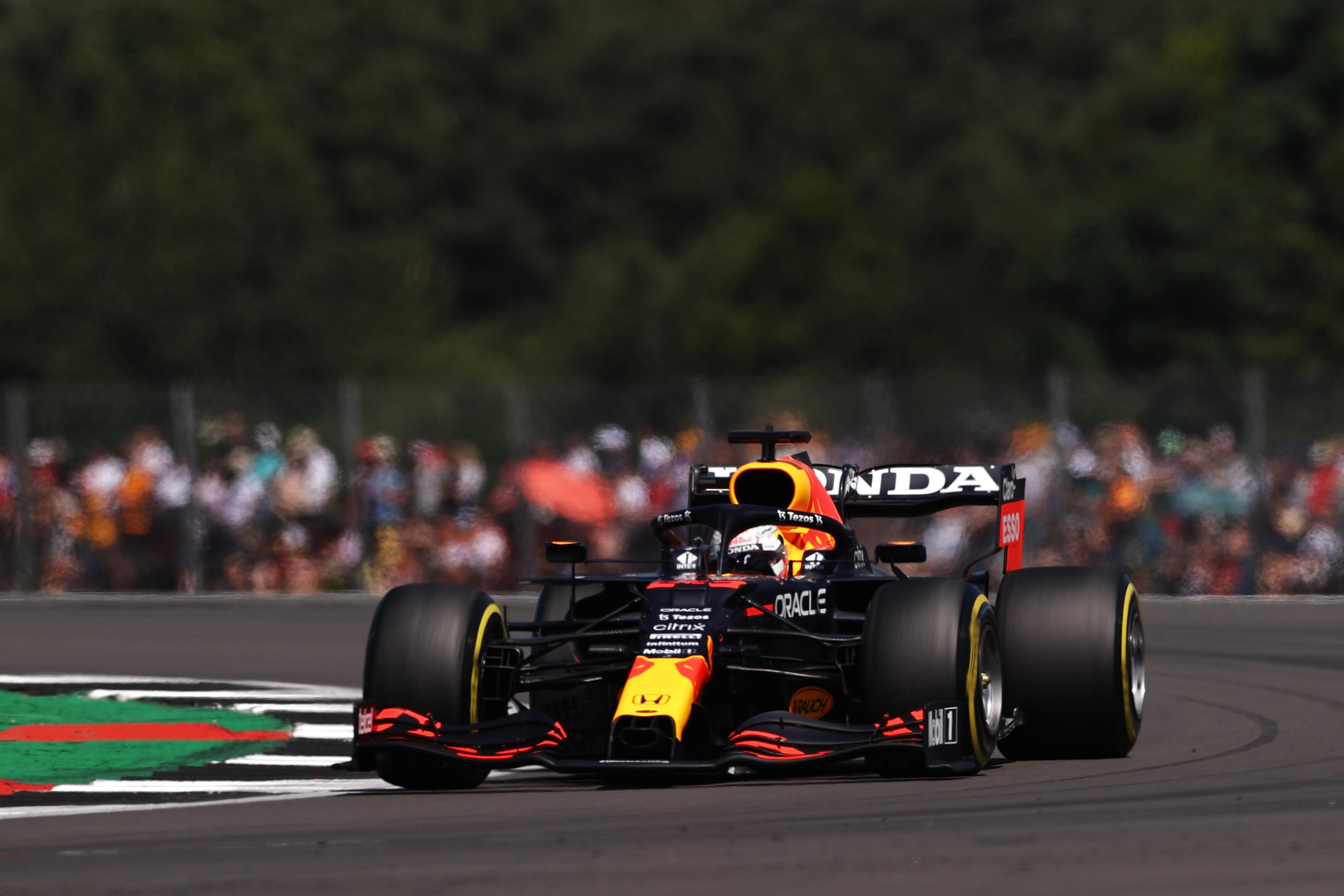 F1: Verstappen visszatért az élre Silverstone-ban