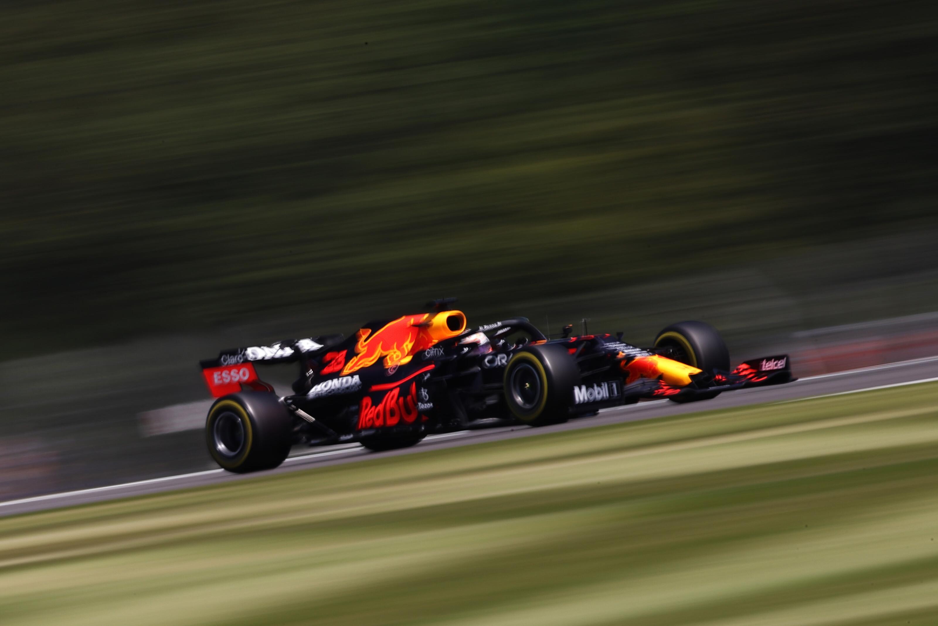 F1: Nem vizsgálják újra Hamilton és Verstappen balesetét