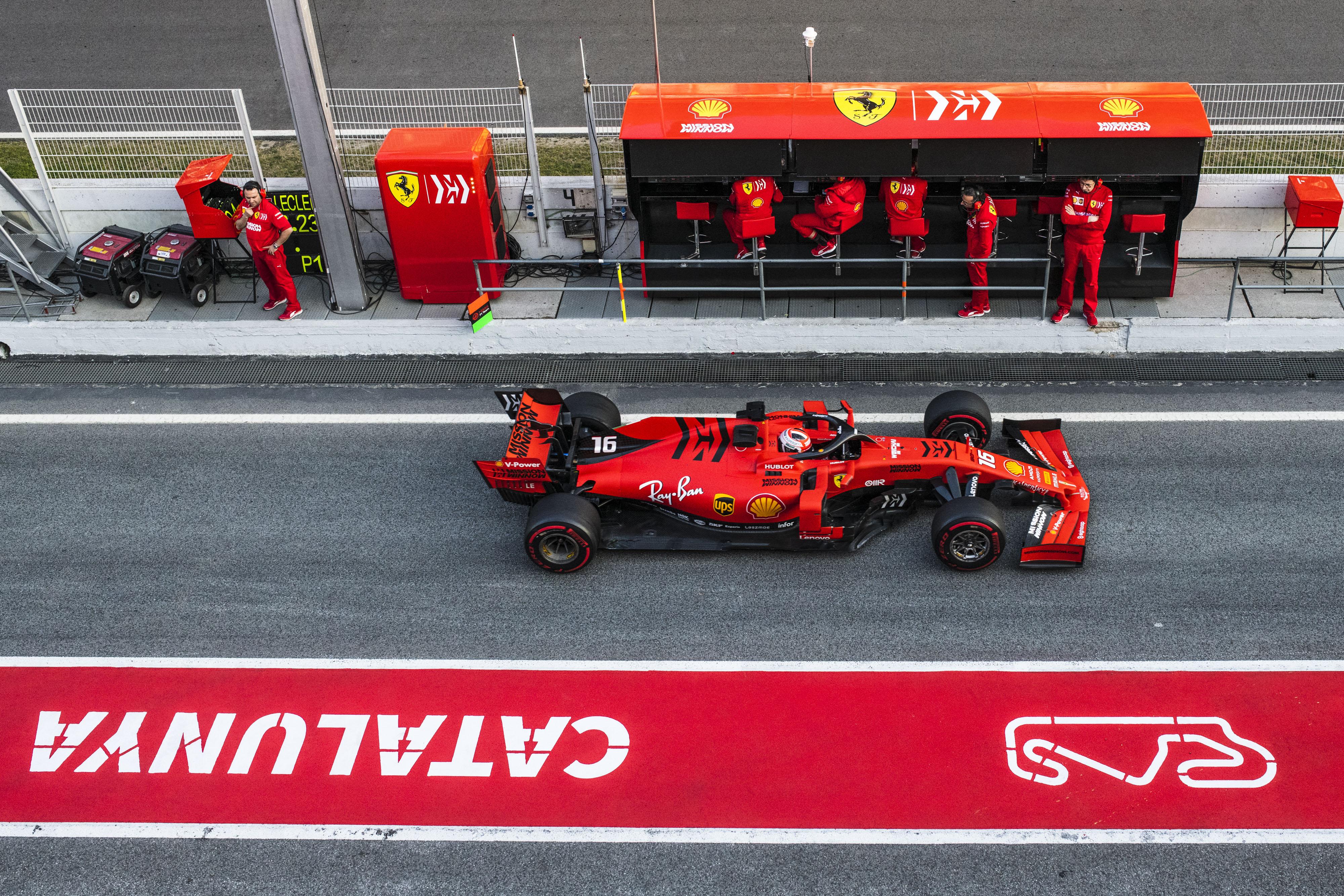 F1: A Mercedest utánozhatja a teszteken a Ferrari