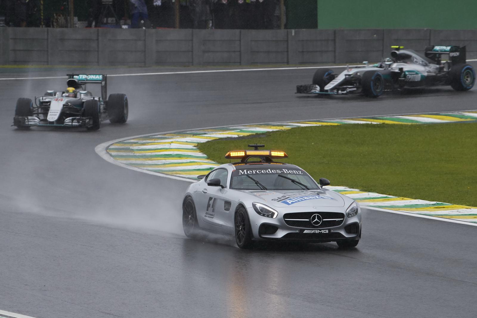 F1 - 2017-TŐL MINDEN SAFETY CAR-FÁZIST ÁLLÓRAJT FOG KÖVETNI