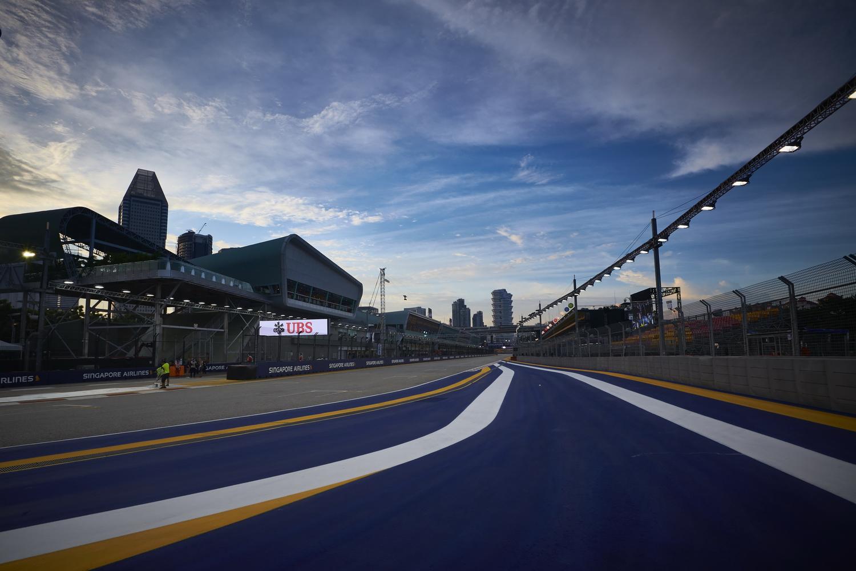 F1 - SZINGAPÚR, 2016: A RAJTRÁCS