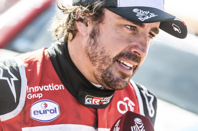 Alonso még nem tudja, visszatér-e a Dakarra