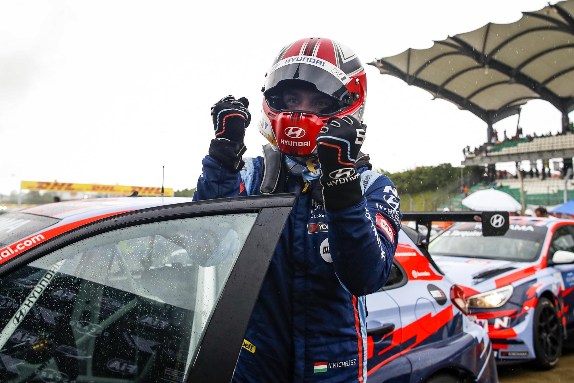 Michelisz Norbert megcsinálta: ő a WTCR 2019-es bajnoka!
