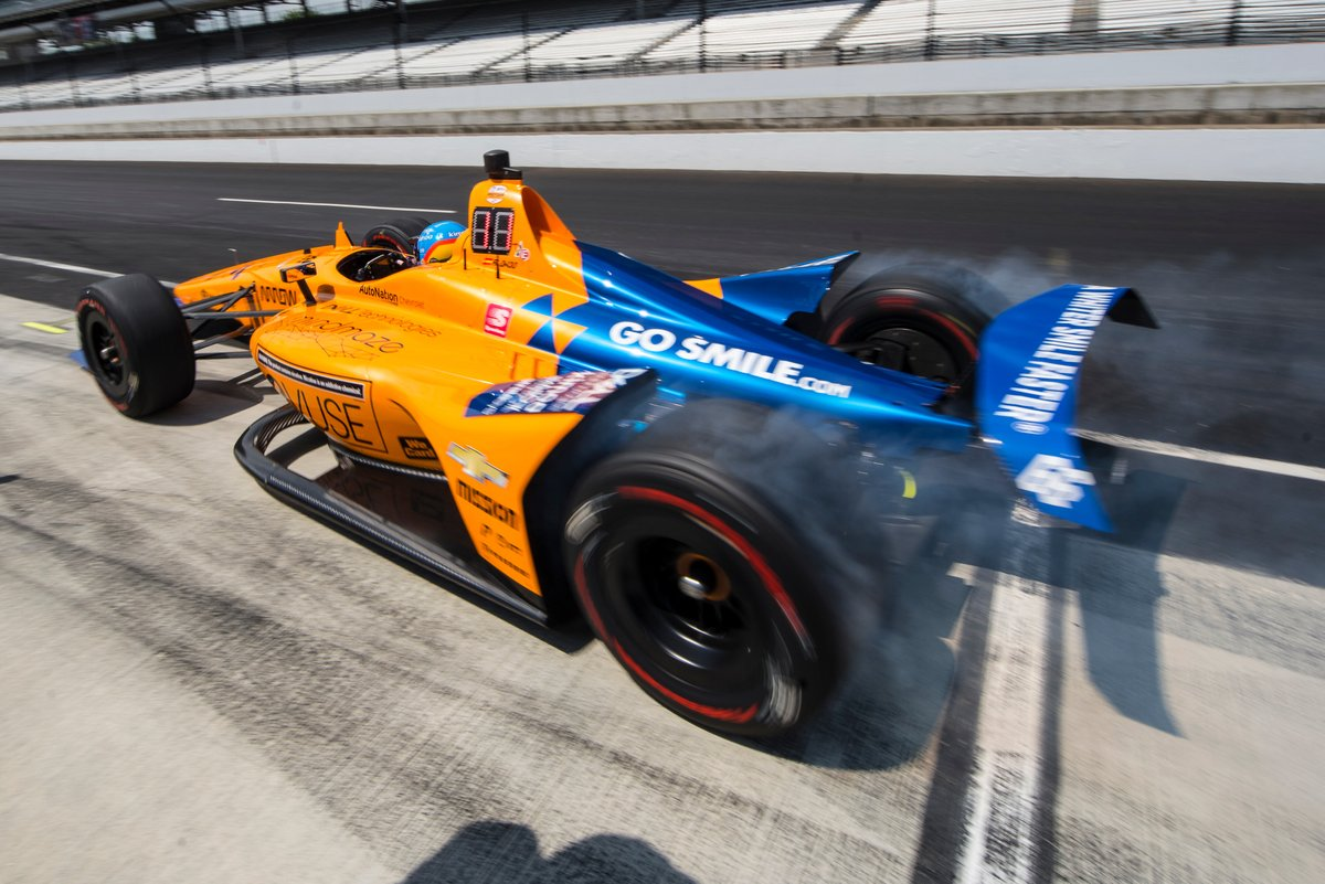 INDYCAR - TART AZ INDY 500-AS IDŐMÉRŐTŐL ALONSO