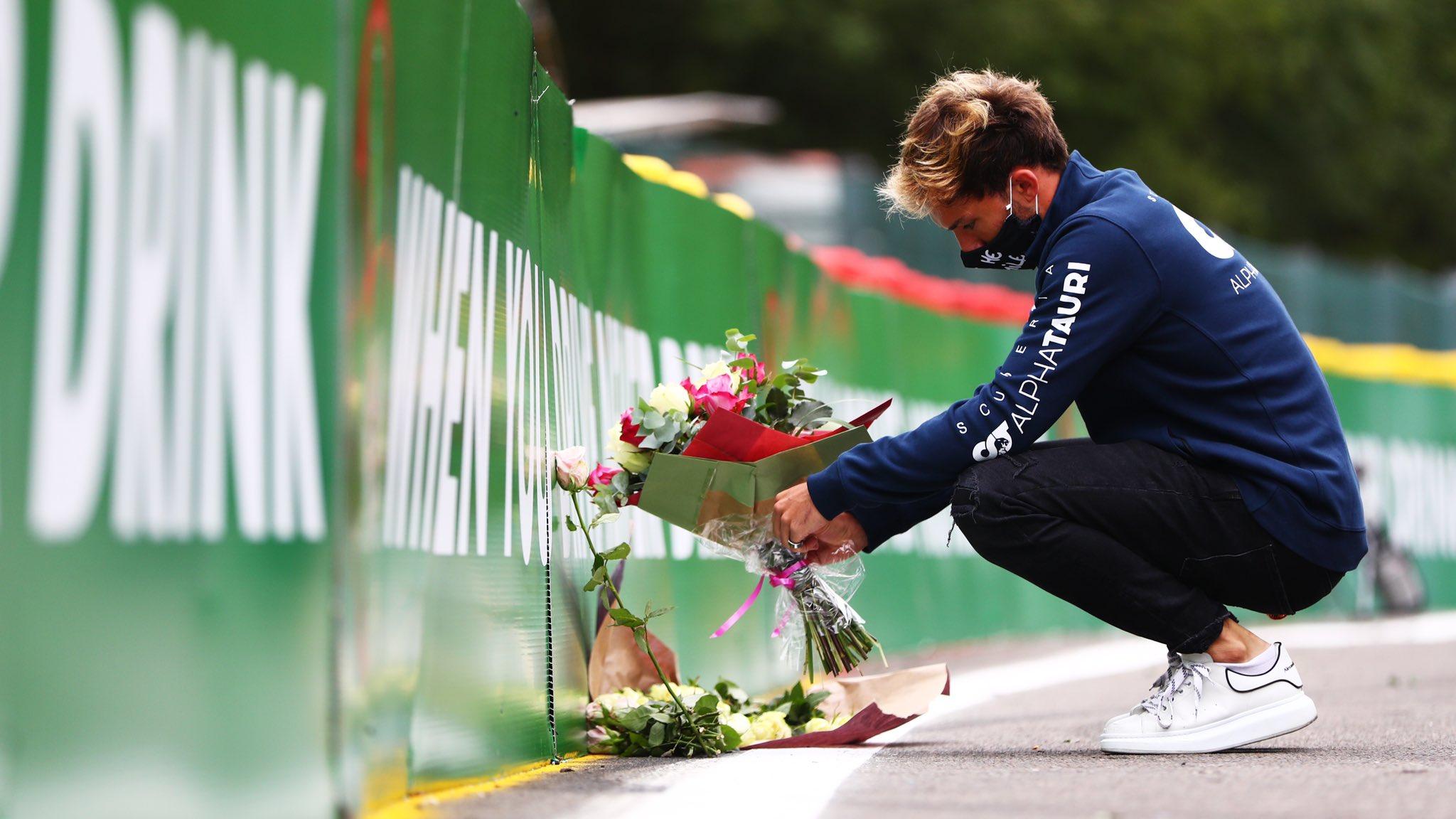 F1: Megható gesztussal kezdte a spái hétvégét Pierre Gasly