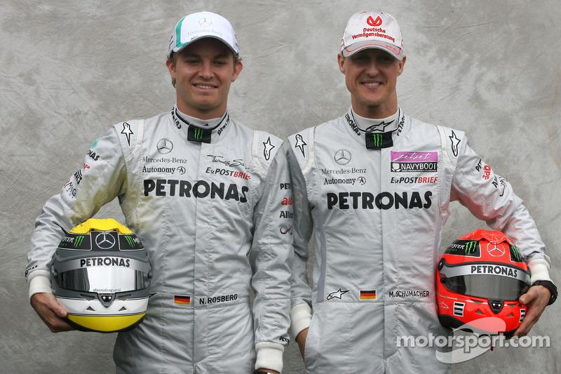 F1 - ROSBERG: SCHUMACHER IS RÉSZESE A MERCEDES SIKEREINEK