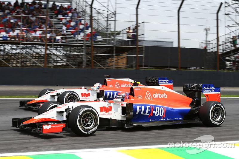 f1-brazilian-gp-2015-alexander-rossi-manor-marussia-f1-team-and-team-mate-will-stevens-man.jpg