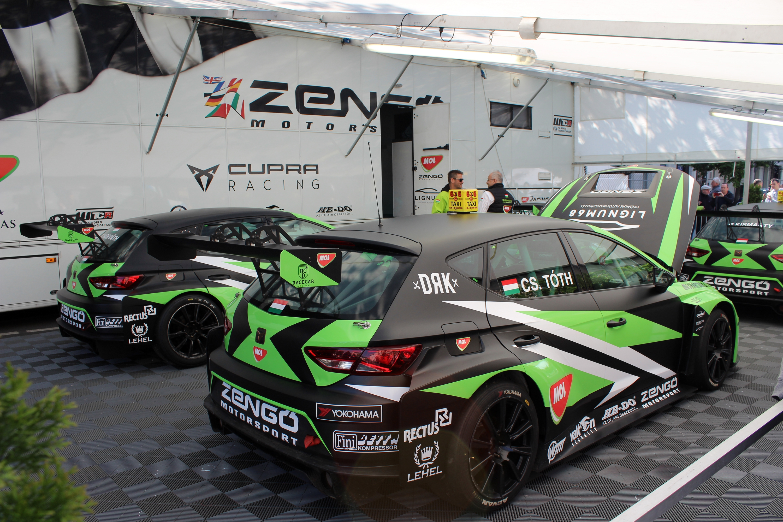 A Zengő Motorsport négy Cuprával jött ki a Nagy Futamra.<br />Fotó: Kováts Olivér